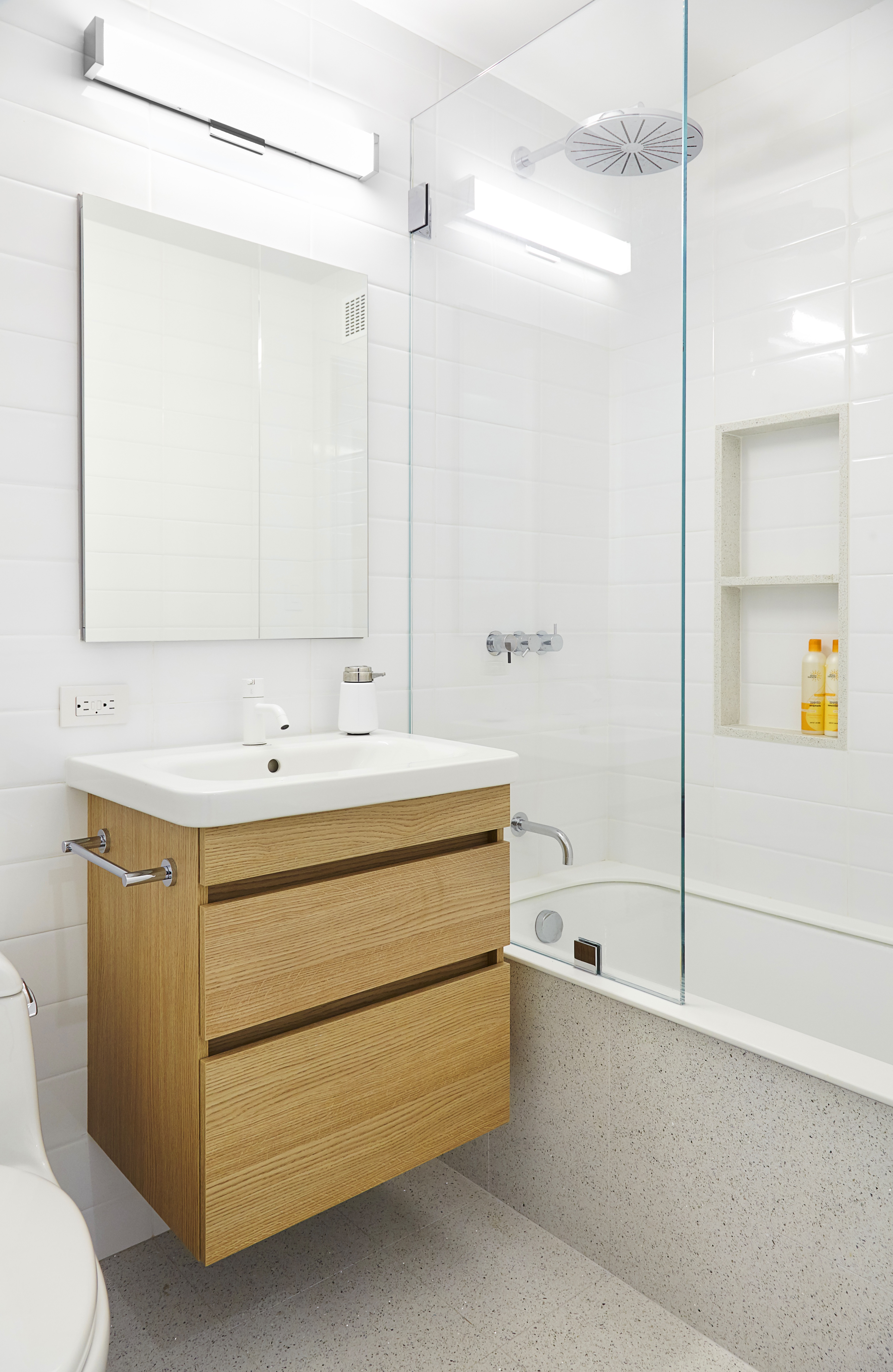 Light Colored Wood Floating Vanity Furniture For Small Contemporary Bathroom (View 17 of 18)