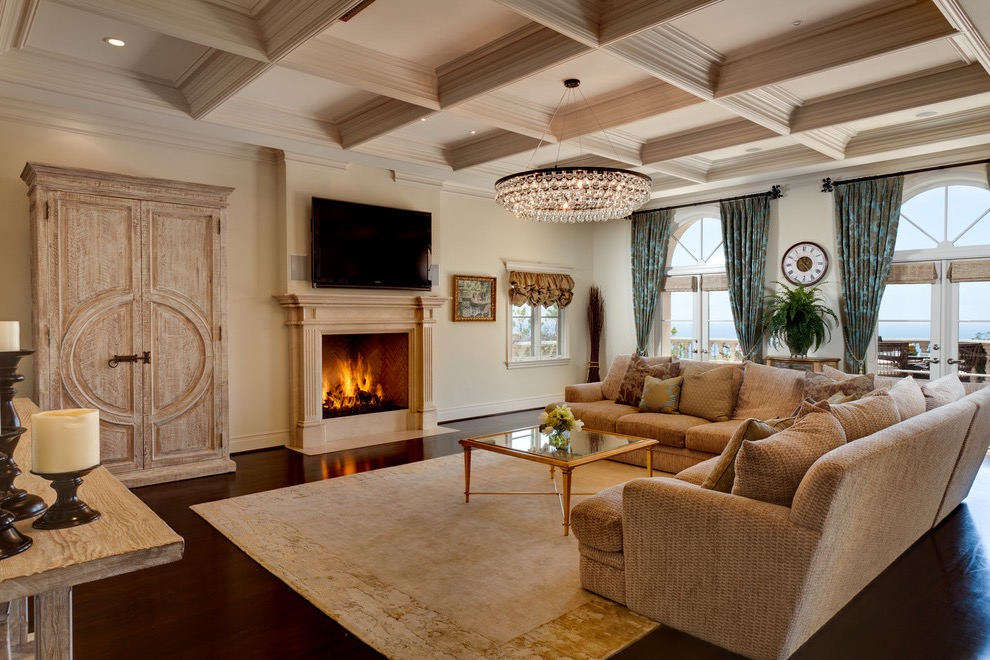 Luxury Modern Chandelier For Large Traditional Living Room (Image 12 of 18)