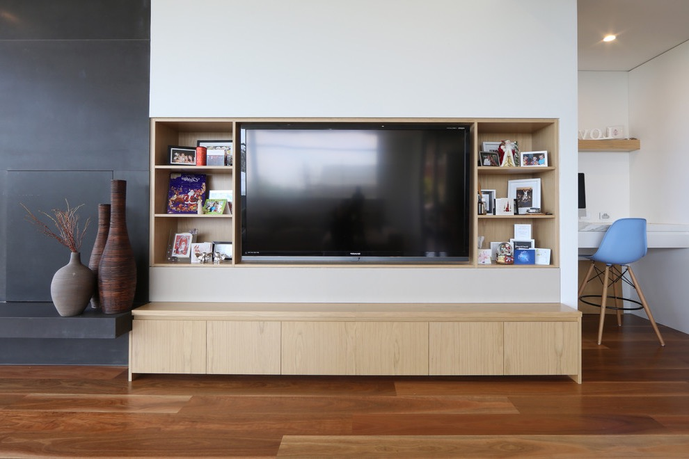 Modern TV Showcase And Cabinet Storage (Image 12 of 16)