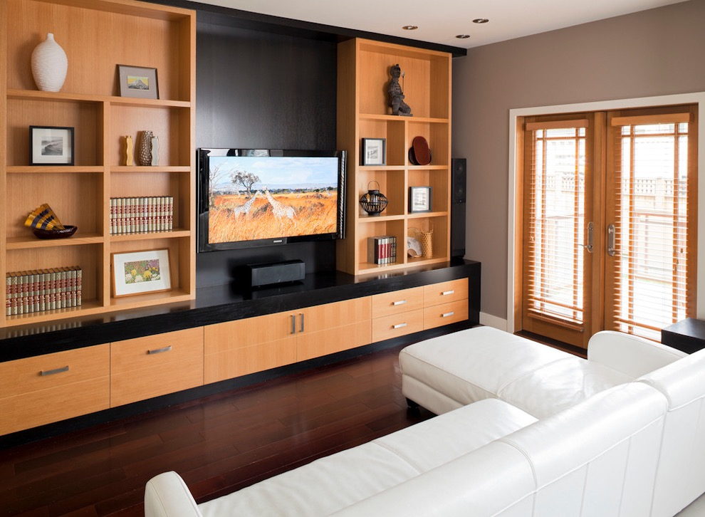 Modern Chic TV Showcase Design With Large Shelves (Photo 10 Of 16)
