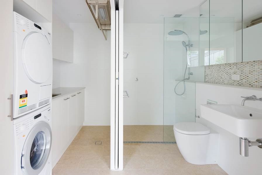 Modern Mid Sized Bathroom With Sliding Doors To Laundry Room (Image 12 of 15)