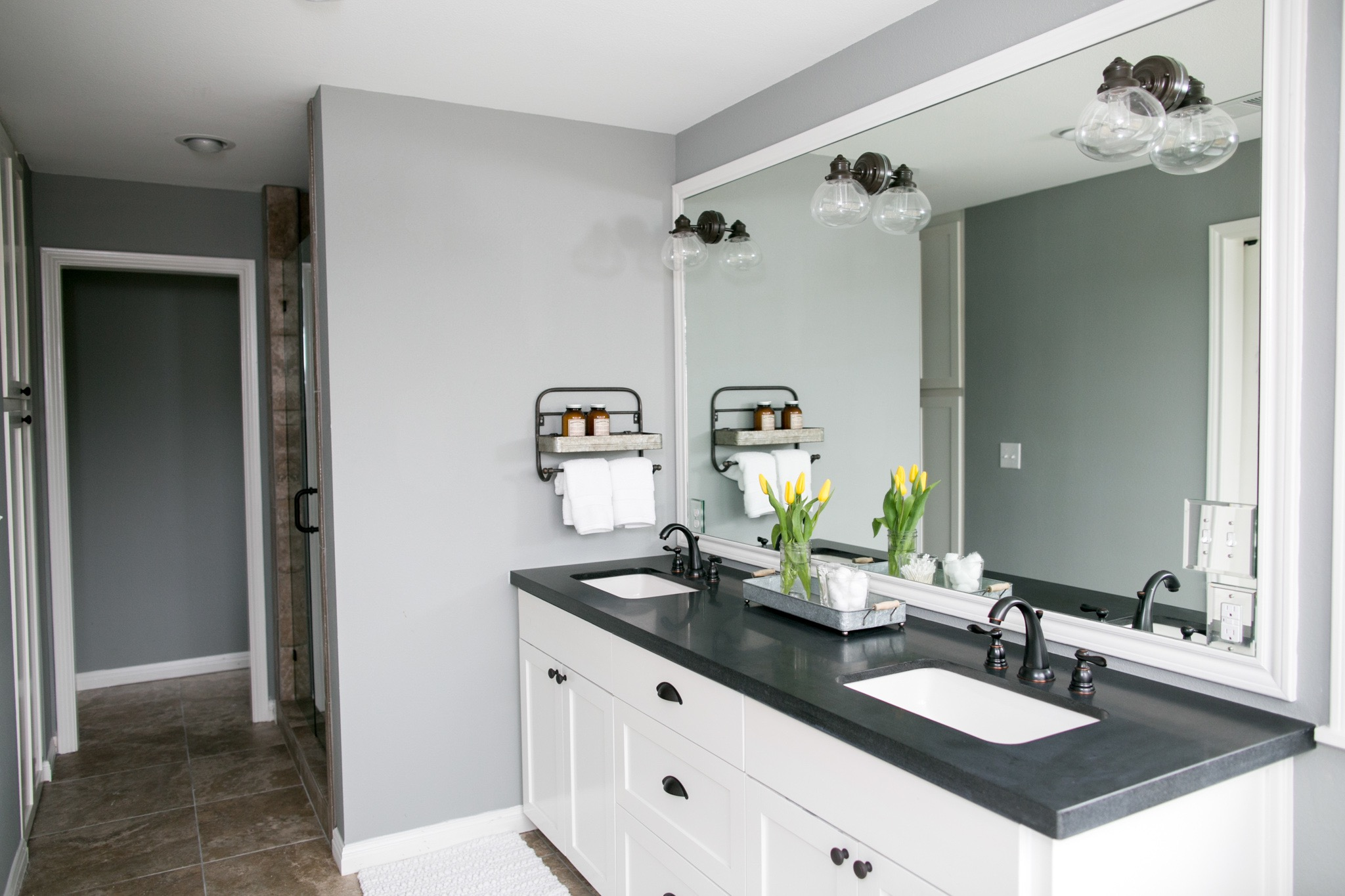 Simple Black And White Bathroom Double Vanity (Image 12 of 14)
