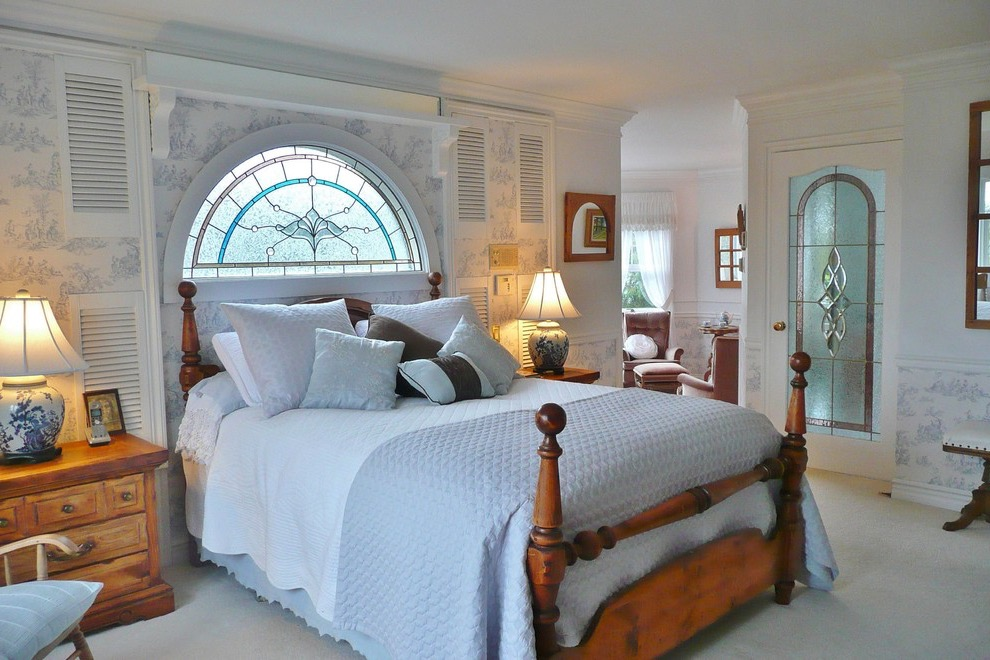 Traditional Bedroom Remodel To Victorian Bedroom (View 6 of 19)