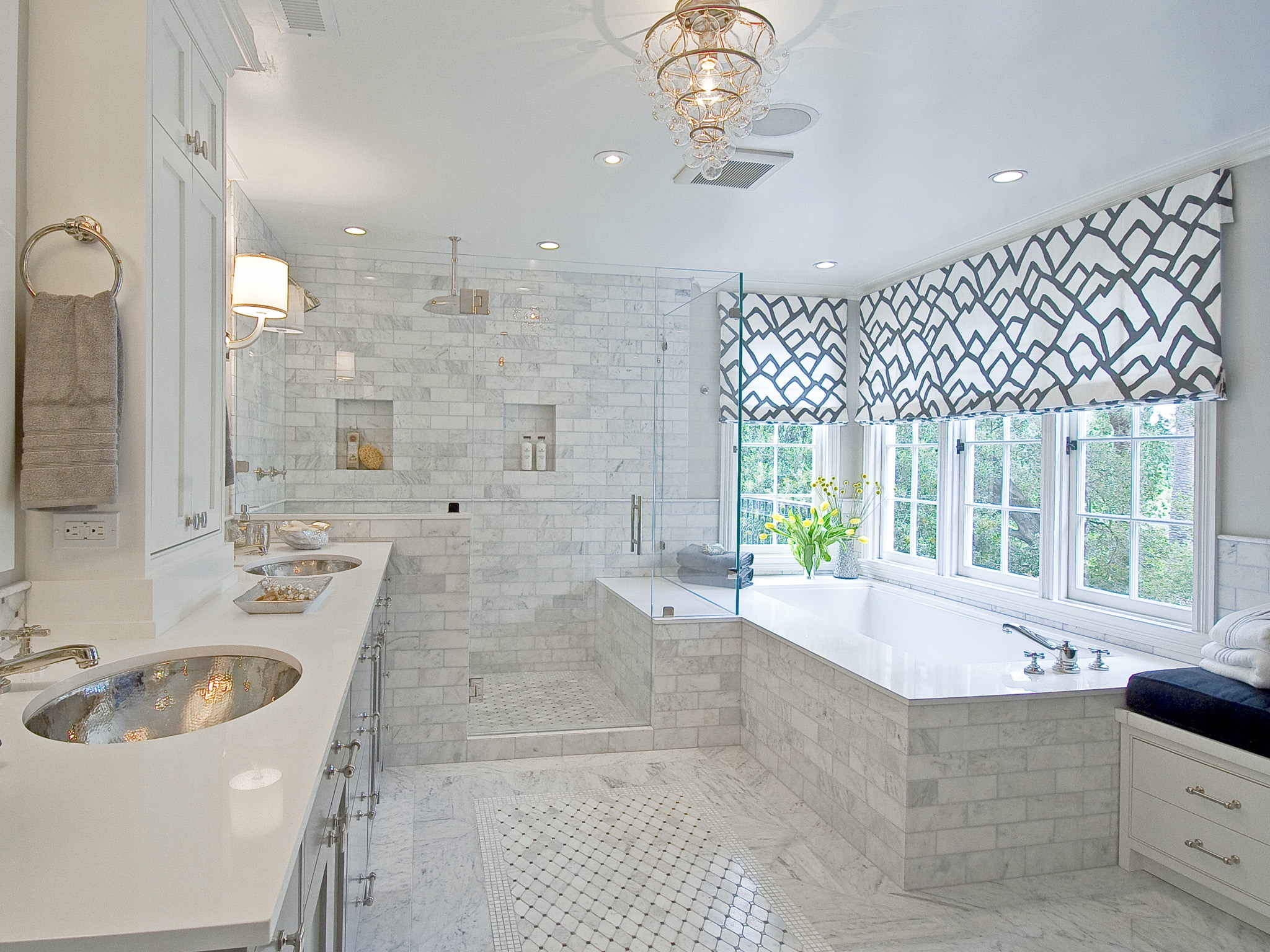 White Ceramic Tiles Wall Decor For Modern Bathroom Interior (Image 18 of 18)