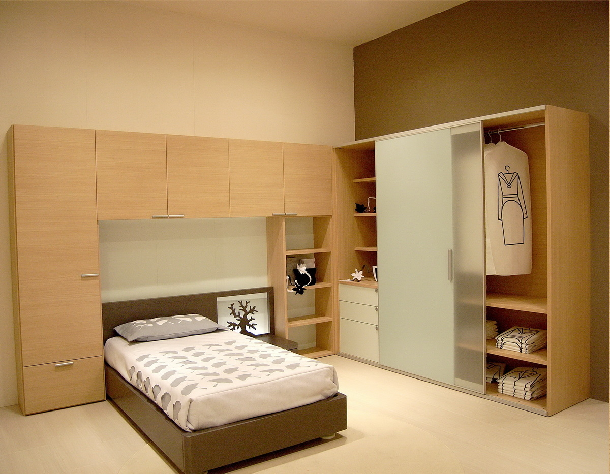 15 Modern Bedroom Wardrobe Design Ideas #16967