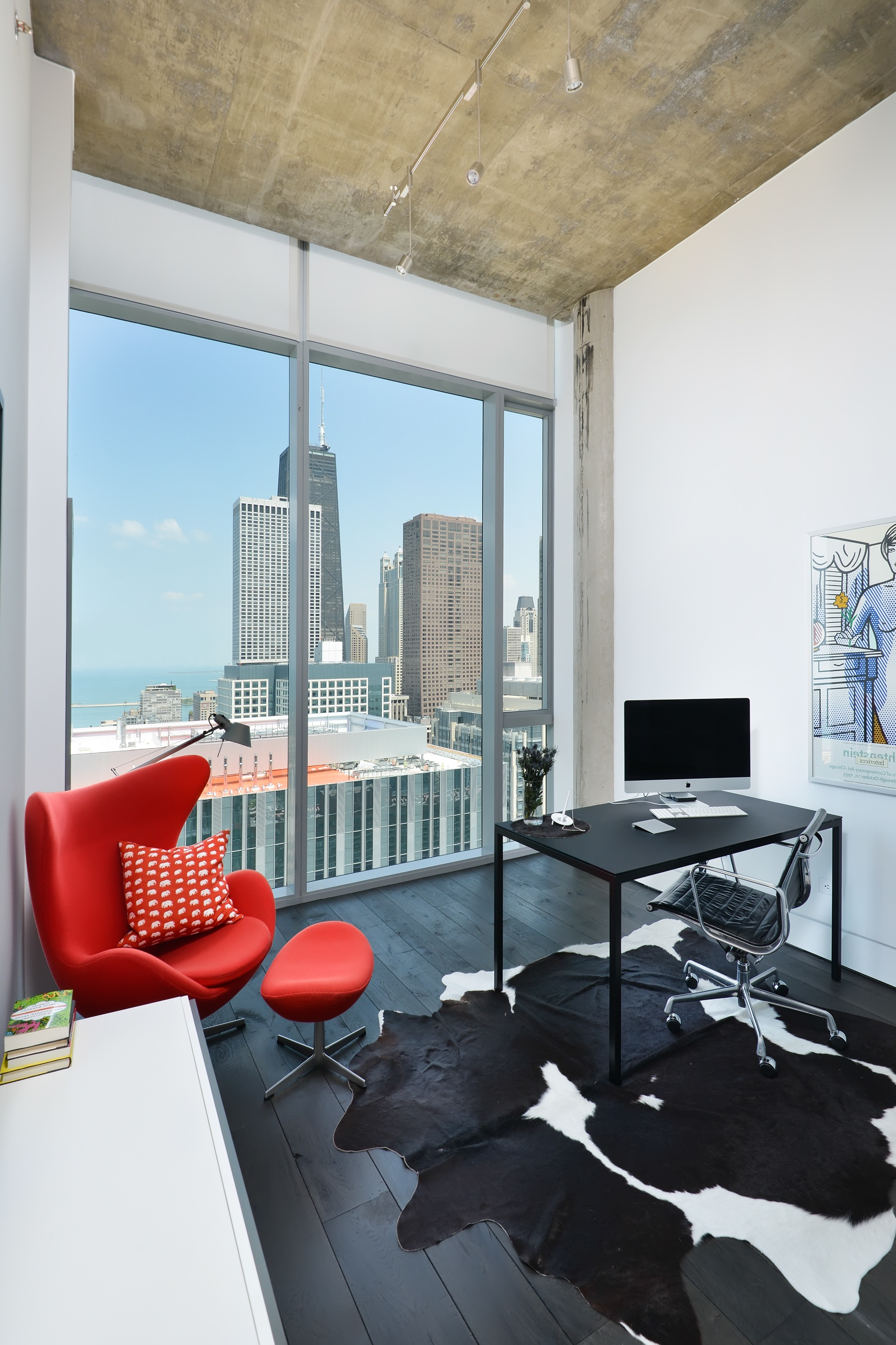 Apartment Modern Home Office With Large Glass Window (View 1 of 50)