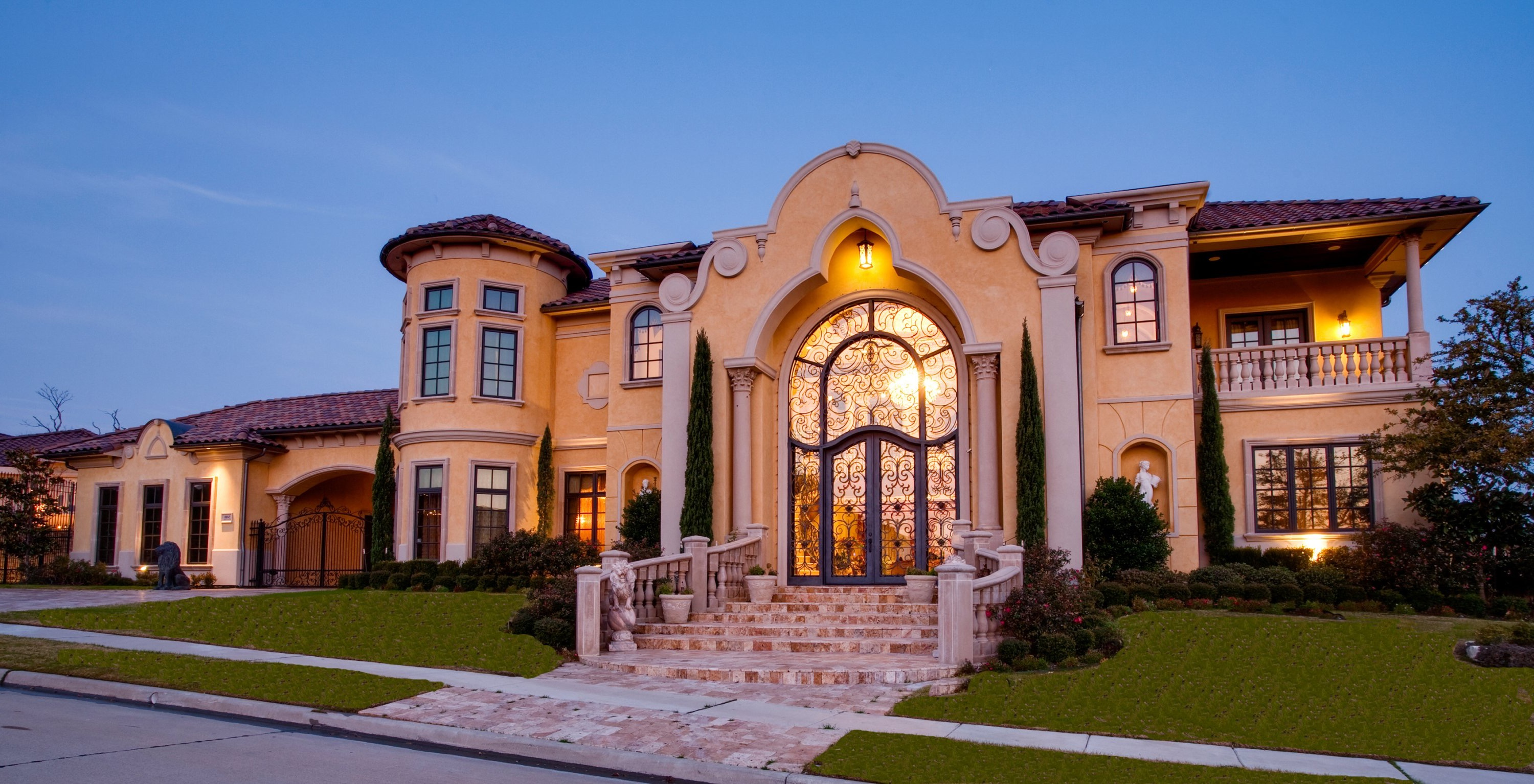 Classy Mediterranean House Exterior (View 4 of 30)