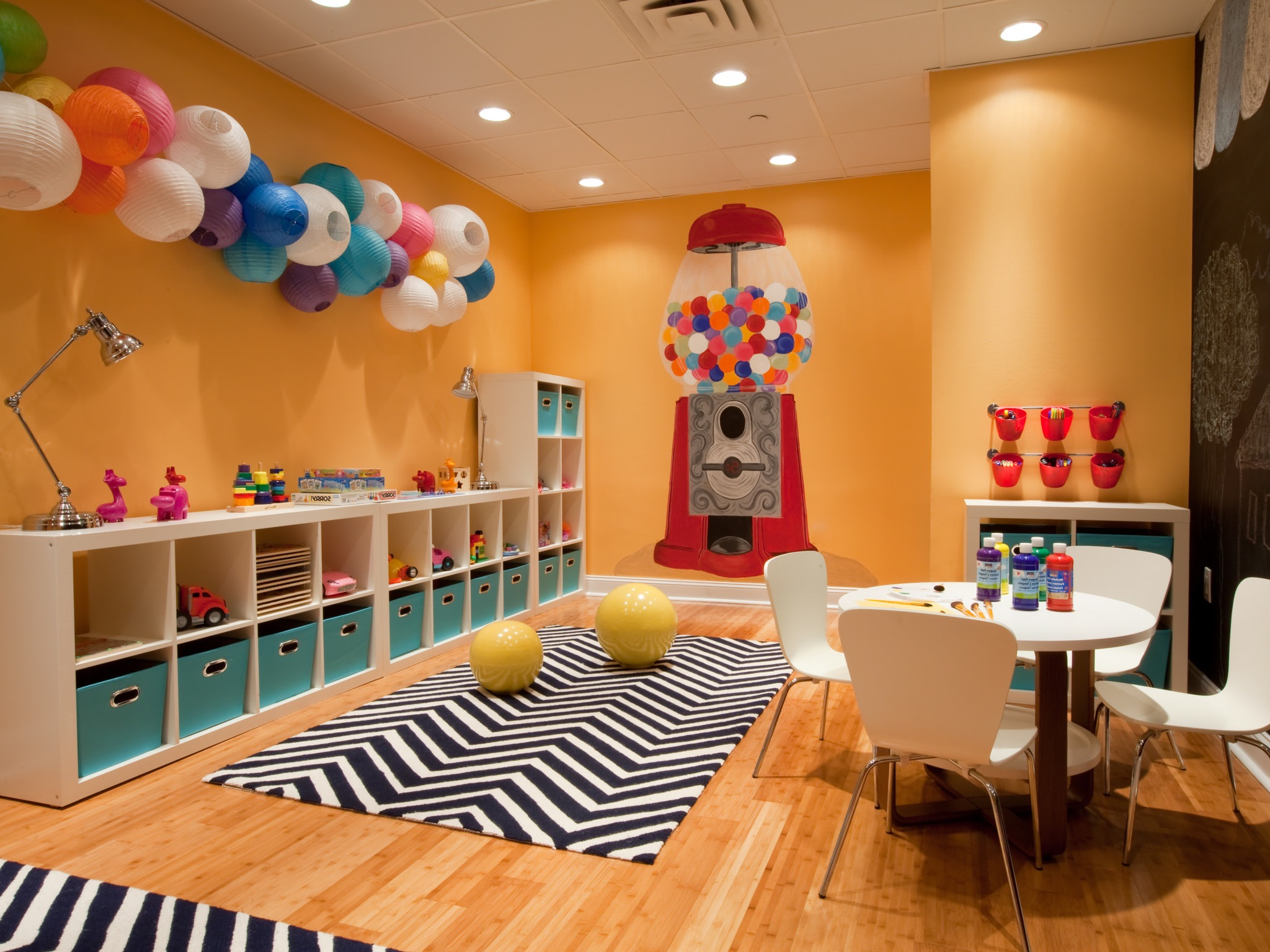 Colorful Playroom With Wall Chalkboard And Chevron Rug (Image 8 of 30)