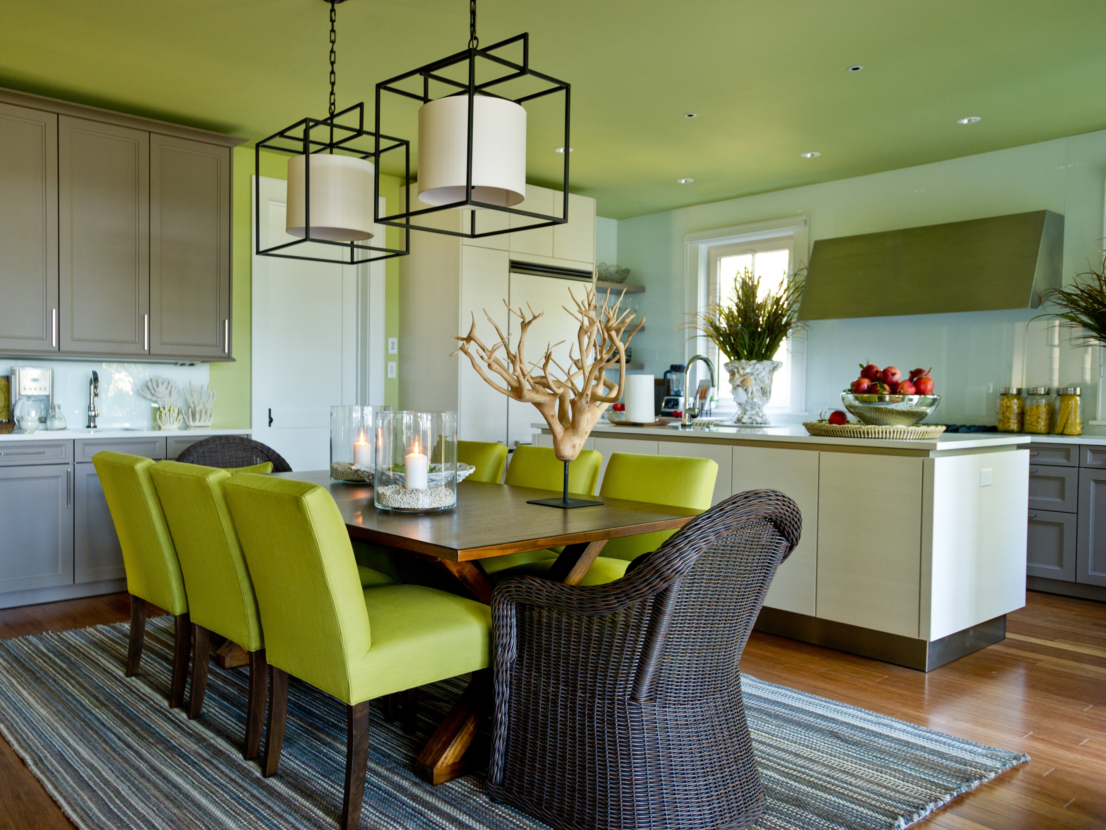 Expert Tips To Choose The Dining Room Chairs And Table ...