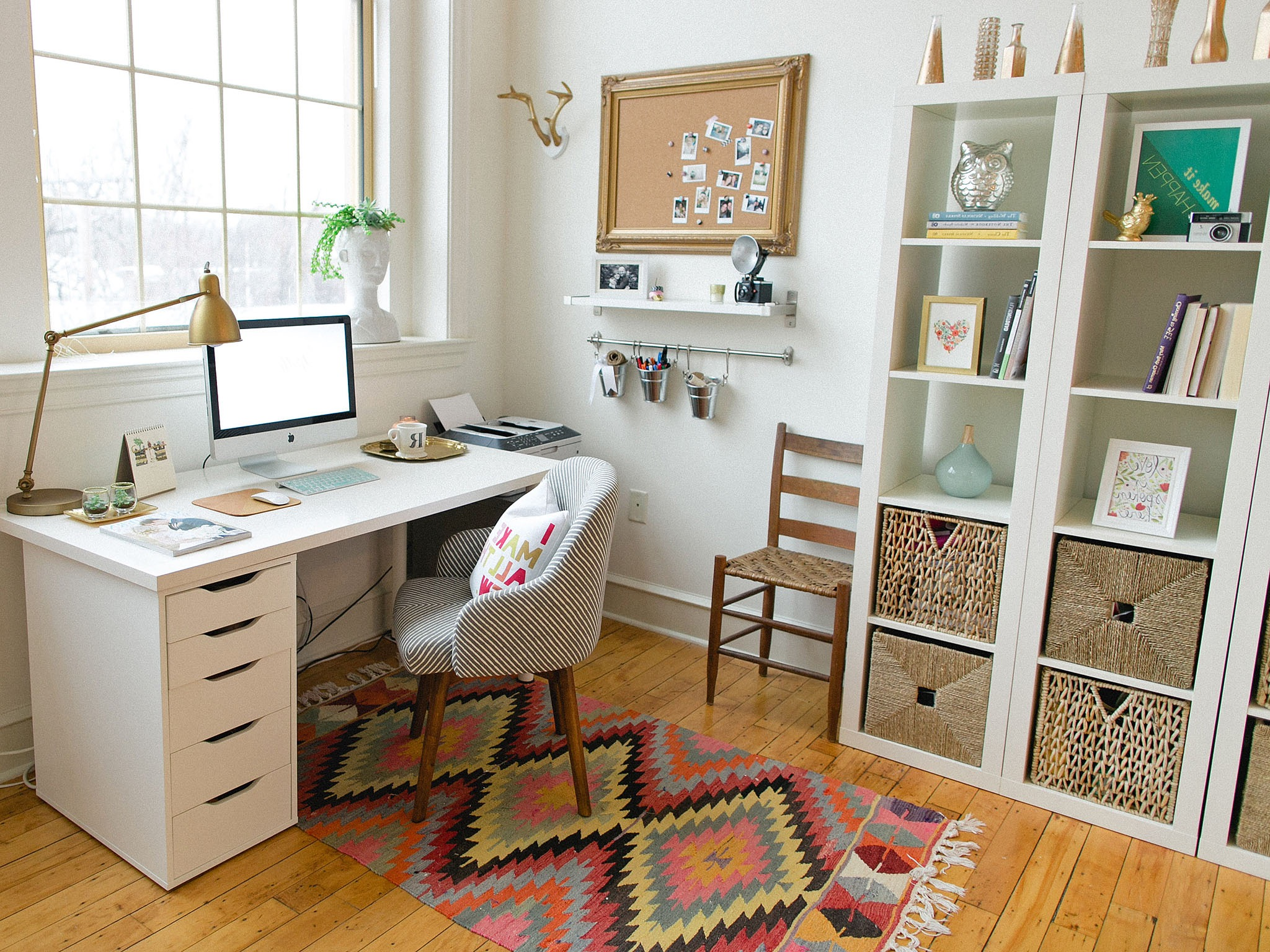 Contemporary White Office Nook (View 15 of 50)