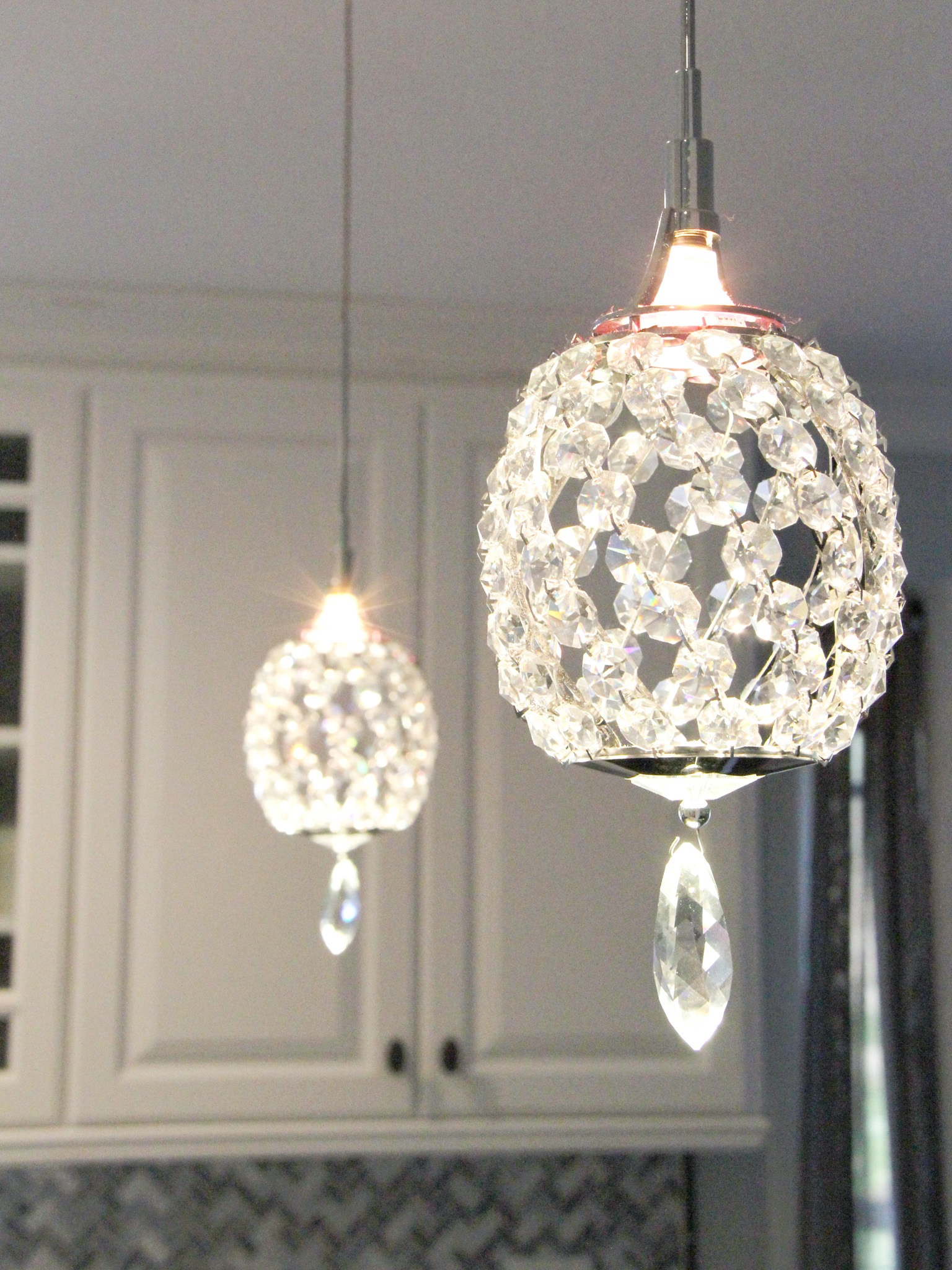 Crystal Pendant Lights For Kitchen (View 13 of 39)