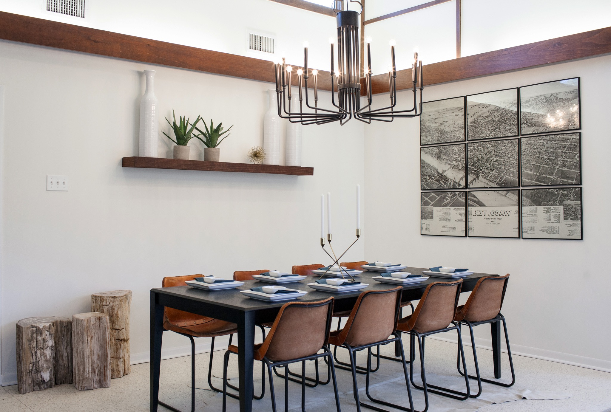 Dining Room With Modern Chandelier (Image 8 of 32)
