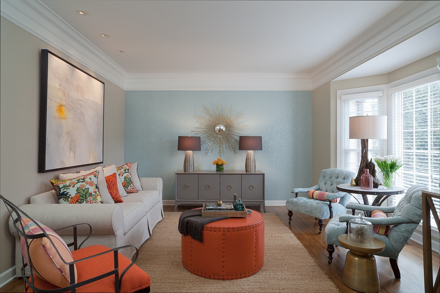 Energetic Transitional Living Room Decor With Blue Accent Wall (Image 7 of 30)