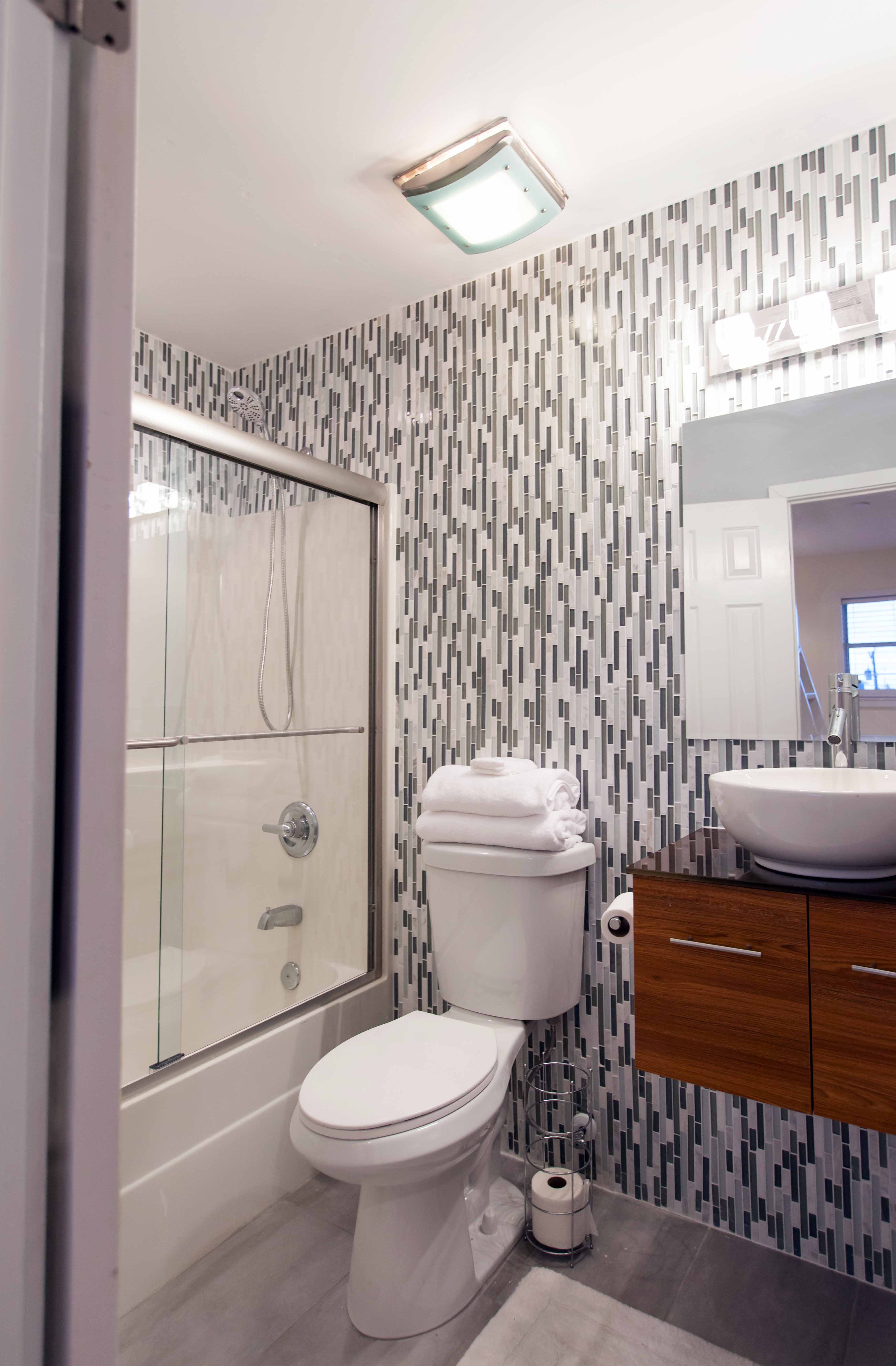 Fabulous Small Bathroom Remodel With With Mosaic Wall Tile Decor (Image 4 of 17)