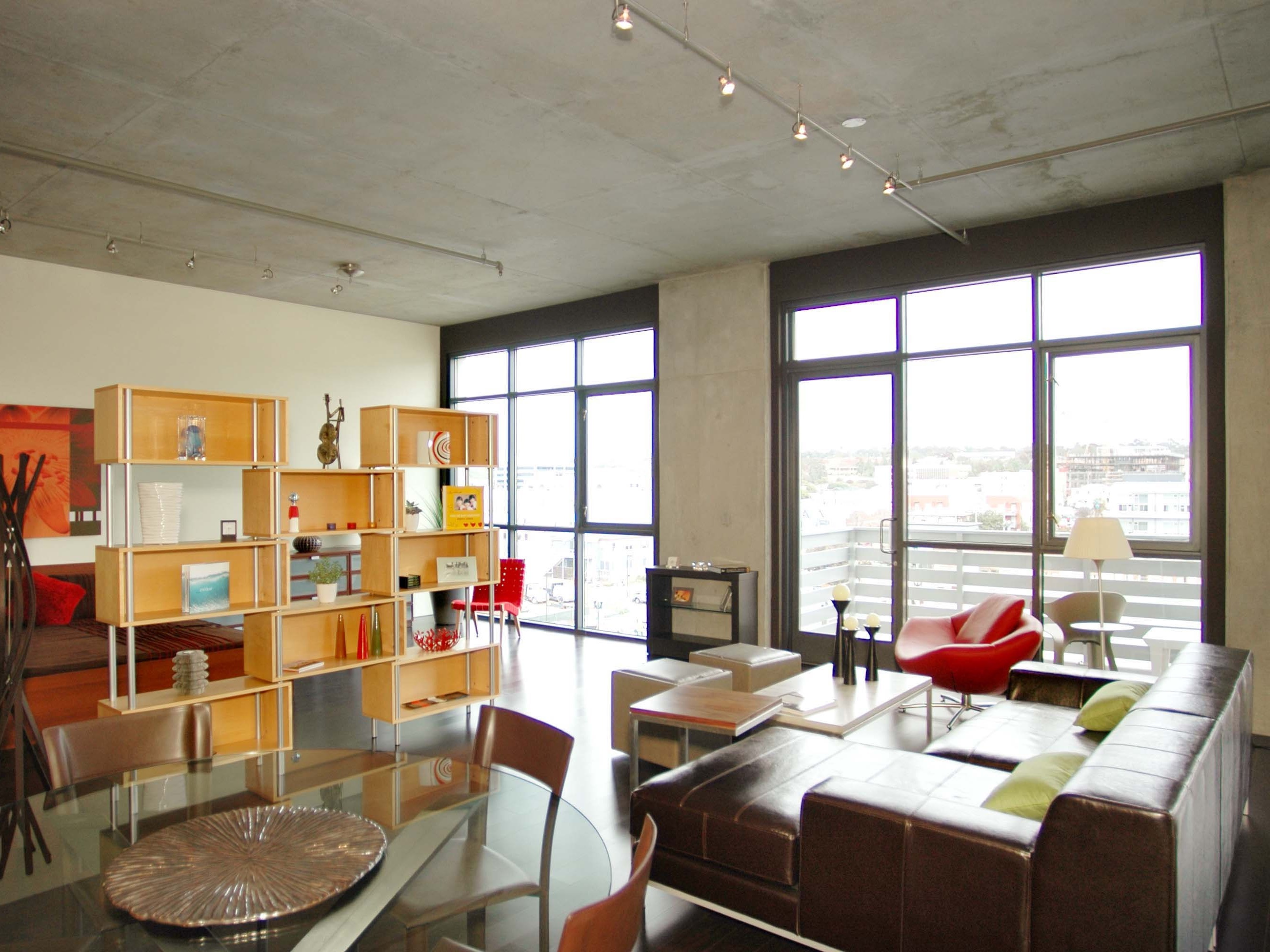 Geometric Urban Loft Apartment Interior (Image 12 of 30)