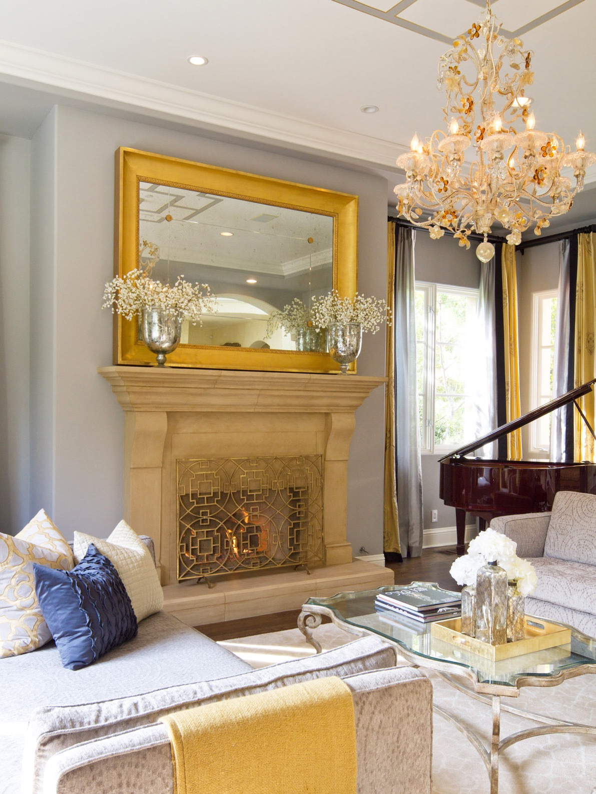 Glamorous Gold And Gray Living Room For Luxury Nuance (Image 7 of 32)