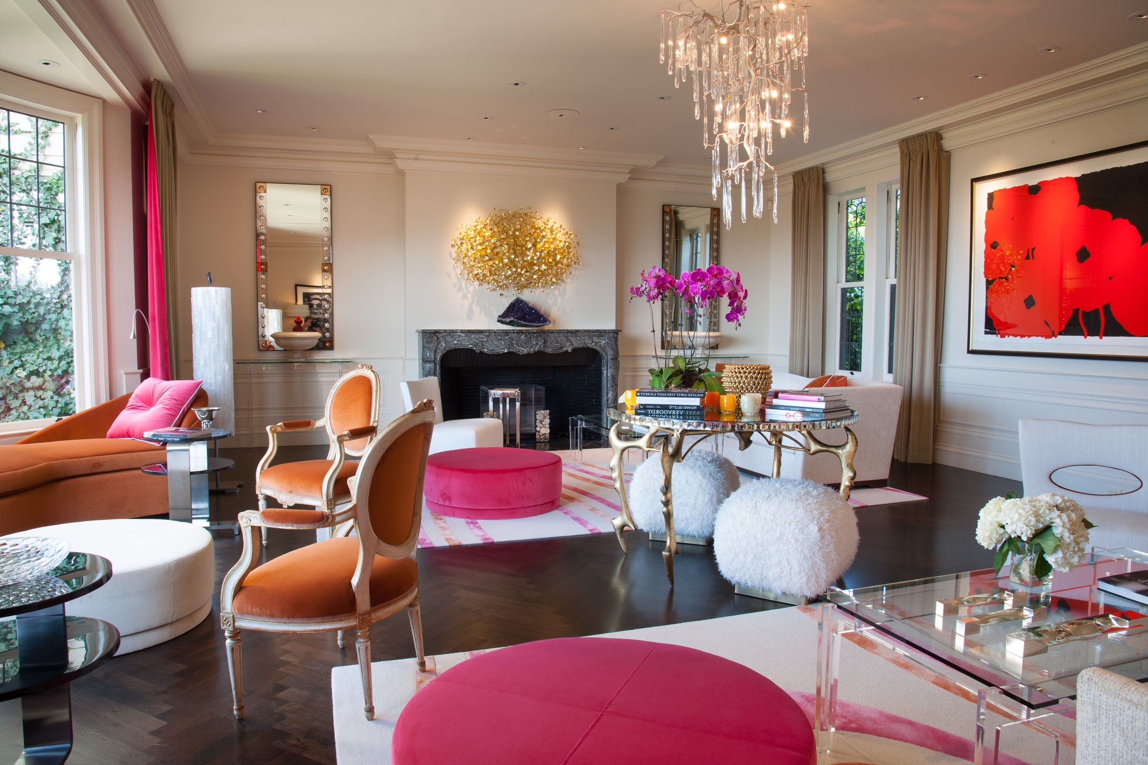 Glamorous Living Room Decor (Image 9 of 32)