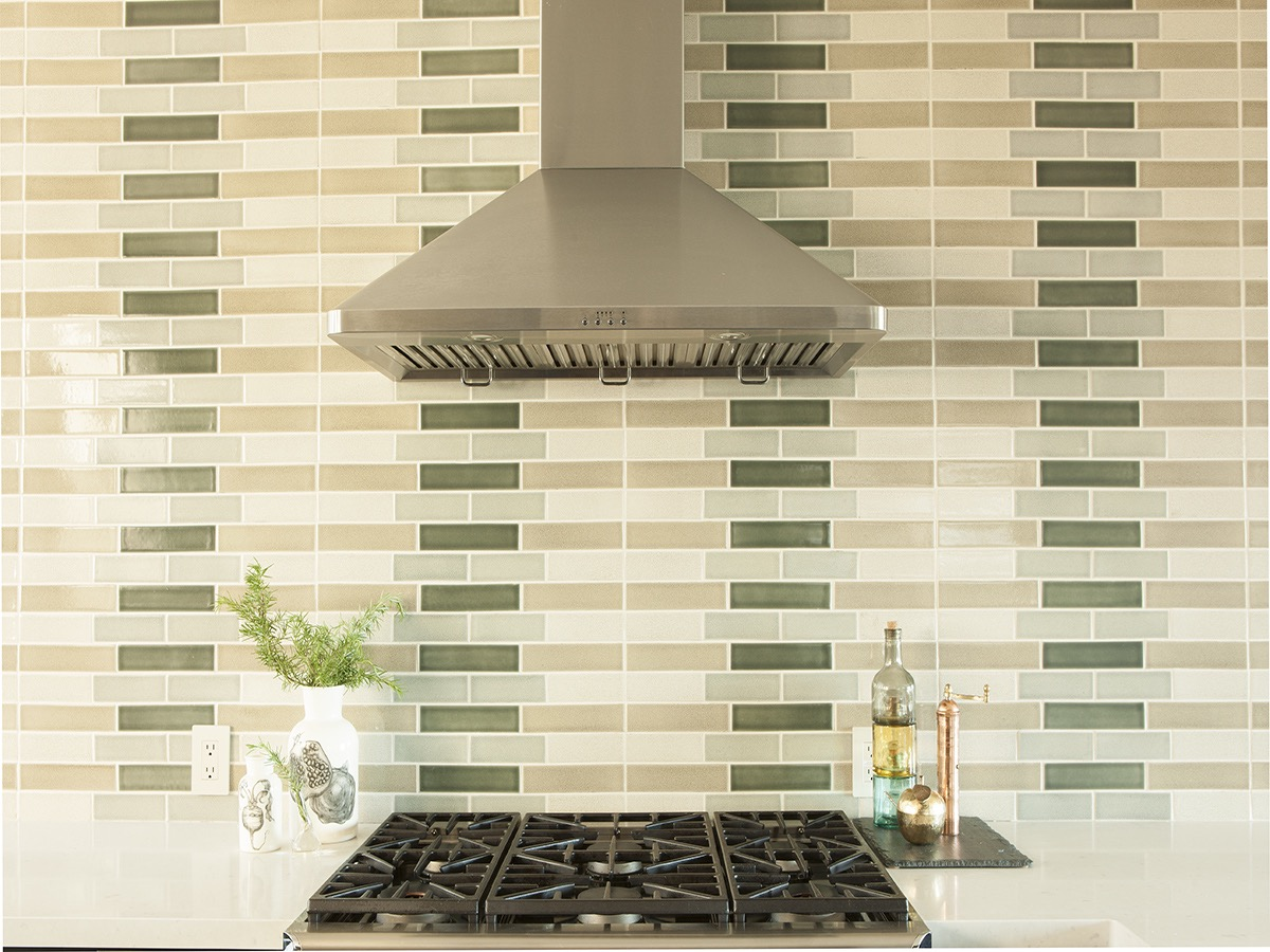Green And Tan Tile Kitchen Backsplash (Image 12 of 32)