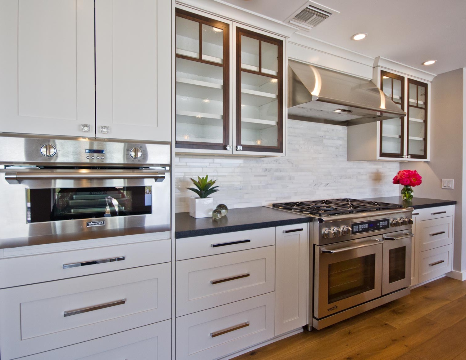 Kitchen Glass Cabinets (Photo 9 of 18)