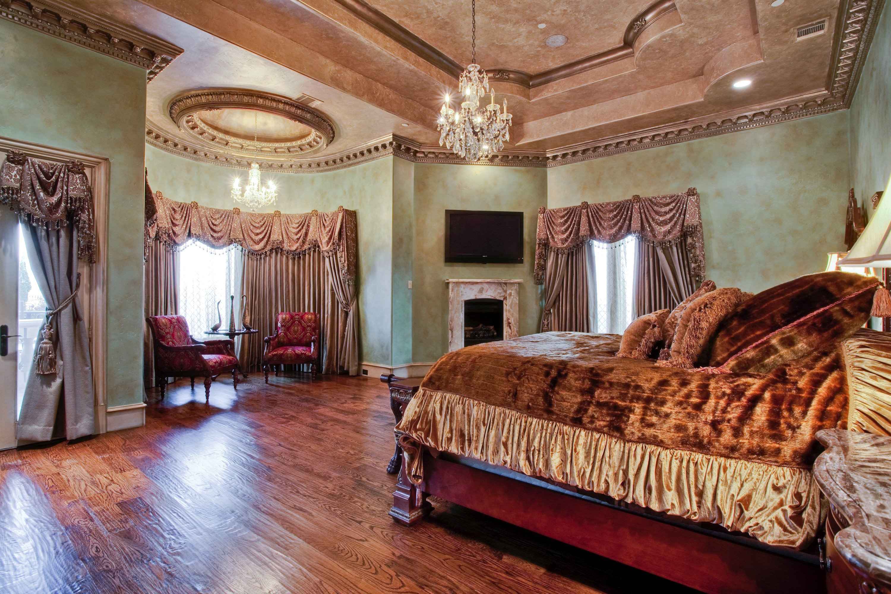 Lavish Indian Master Bedroom Interior (View 15 of 30)