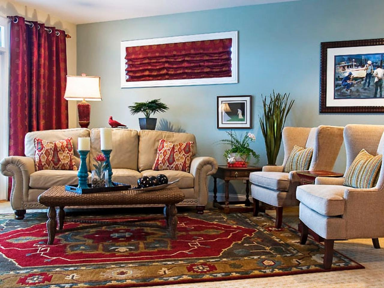 Middle Eastern Inspired Living Room With Elegant Sofa (Image 13 of 15)