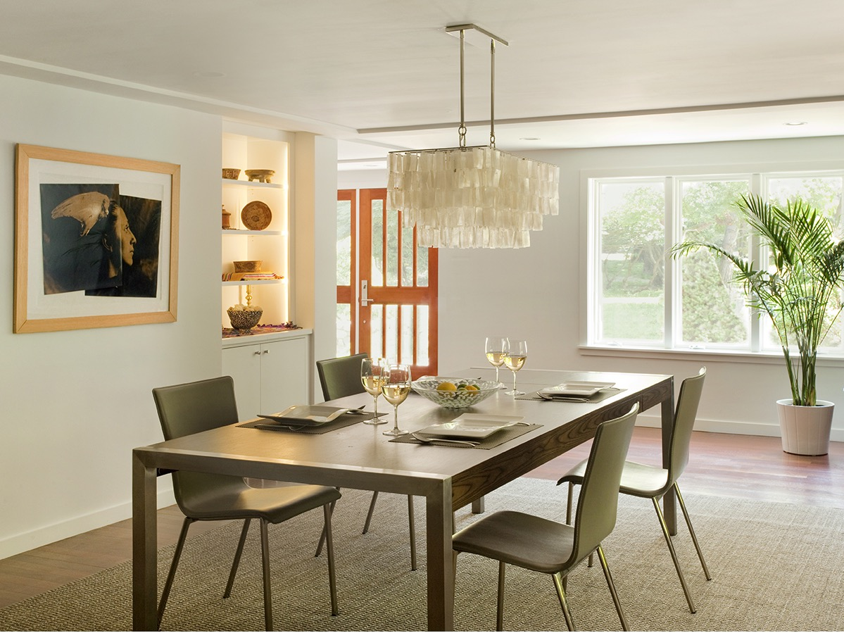 Modern Dining Room For Apartment With Flat Furniture (Image 14 of 30)