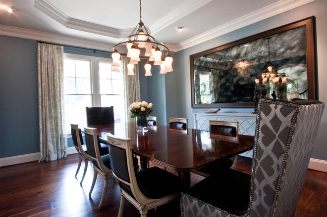Modern Dining Room With Chandelier (Image 25 of 32)