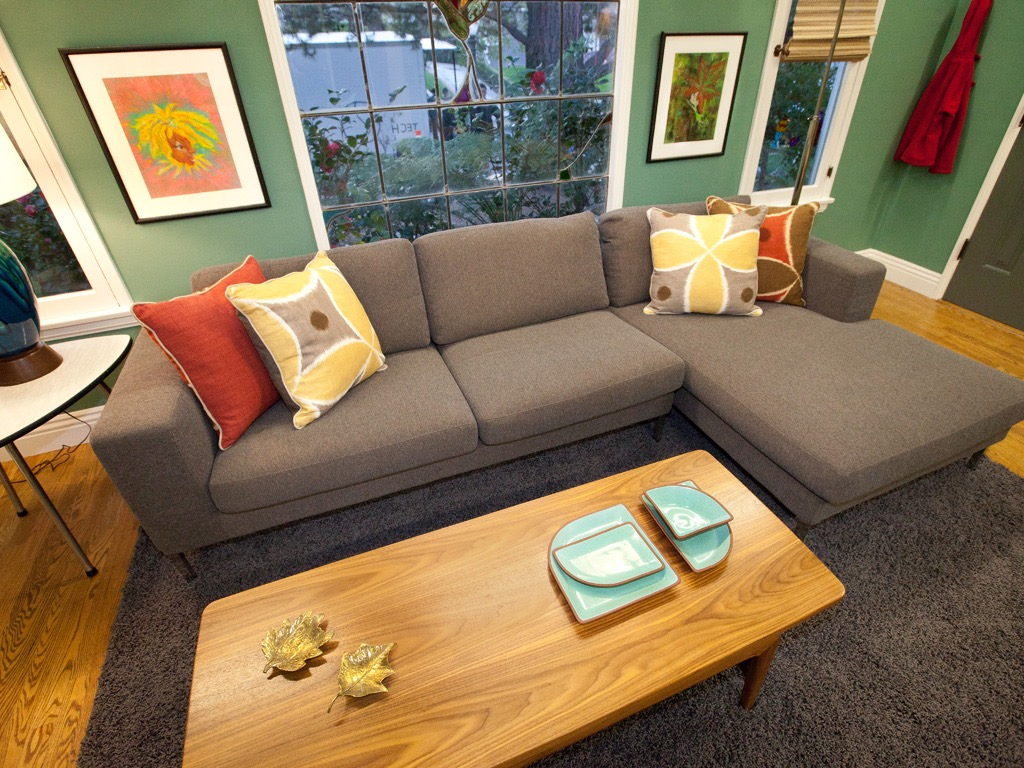 Modern Sofa In Green Living Room (Image 27 of 31)