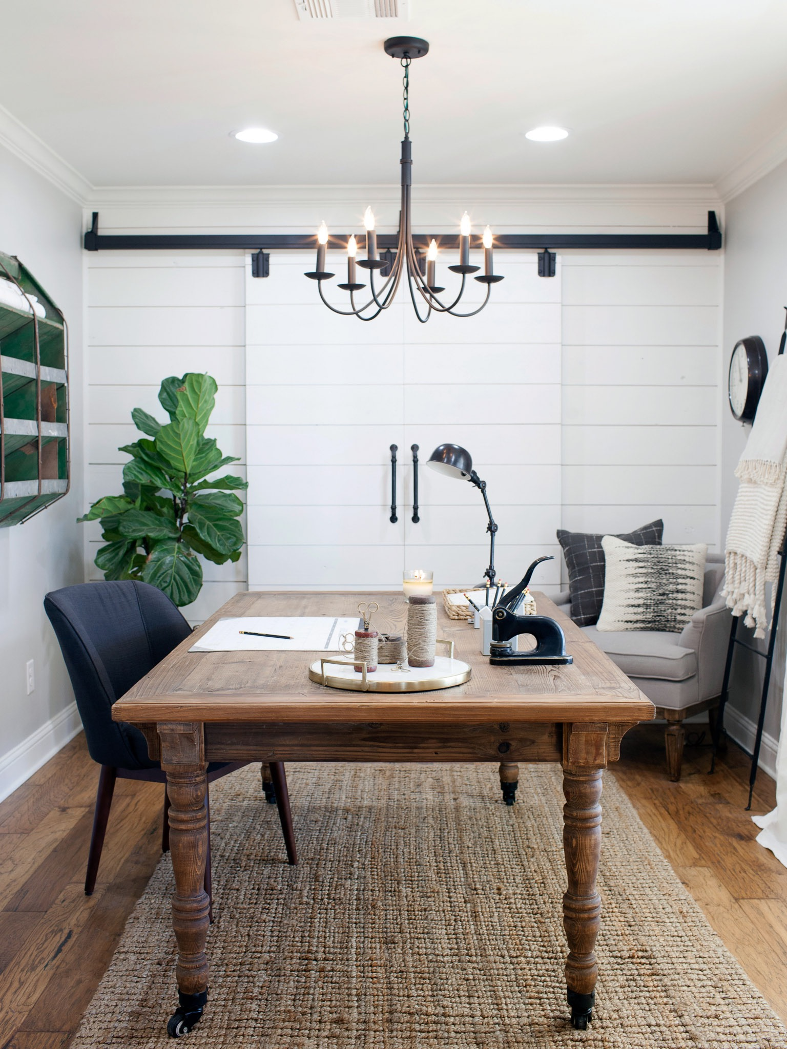 Rustic Home Office With Chandelier (Image 41 of 50)
