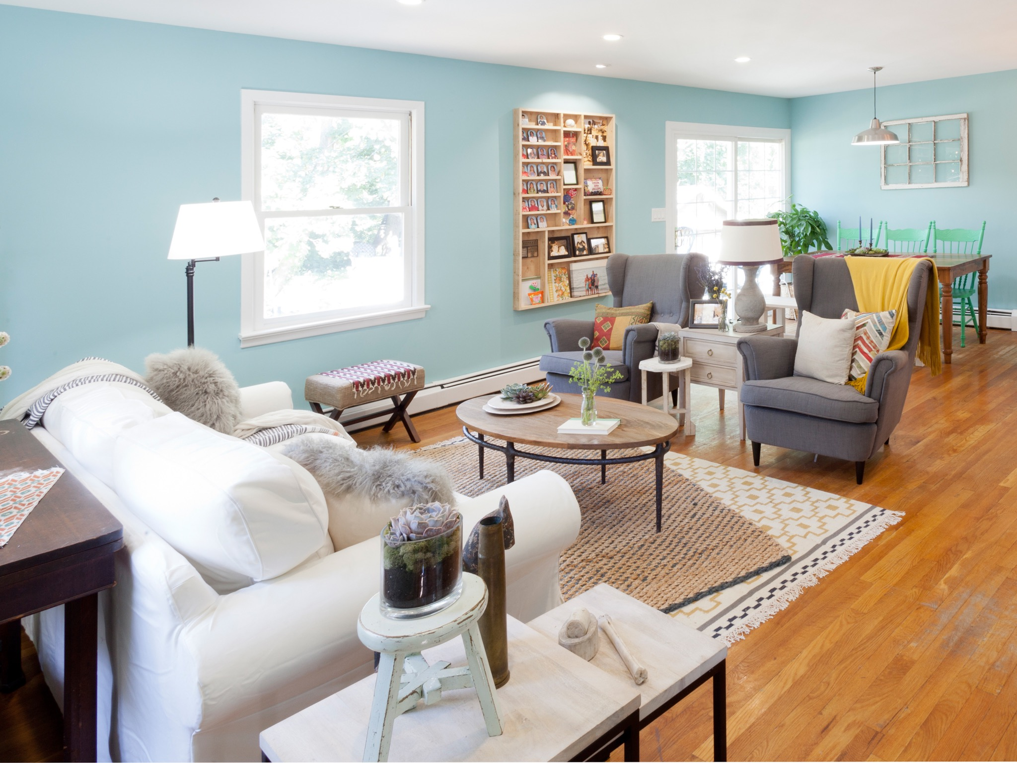 Sky Blue Cottage Style Living Room (Image 18 of 20)