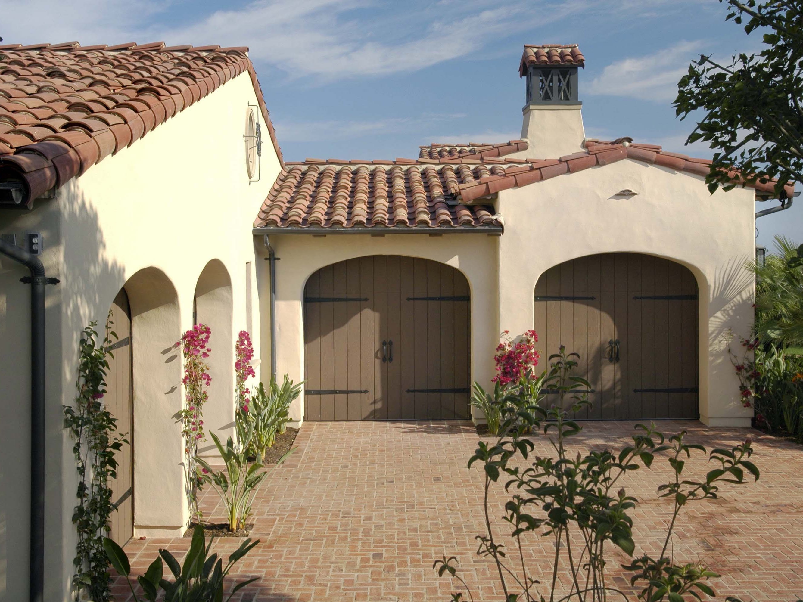 Spanish Style Home Carriage Garage Doors (Image 32 of 38)