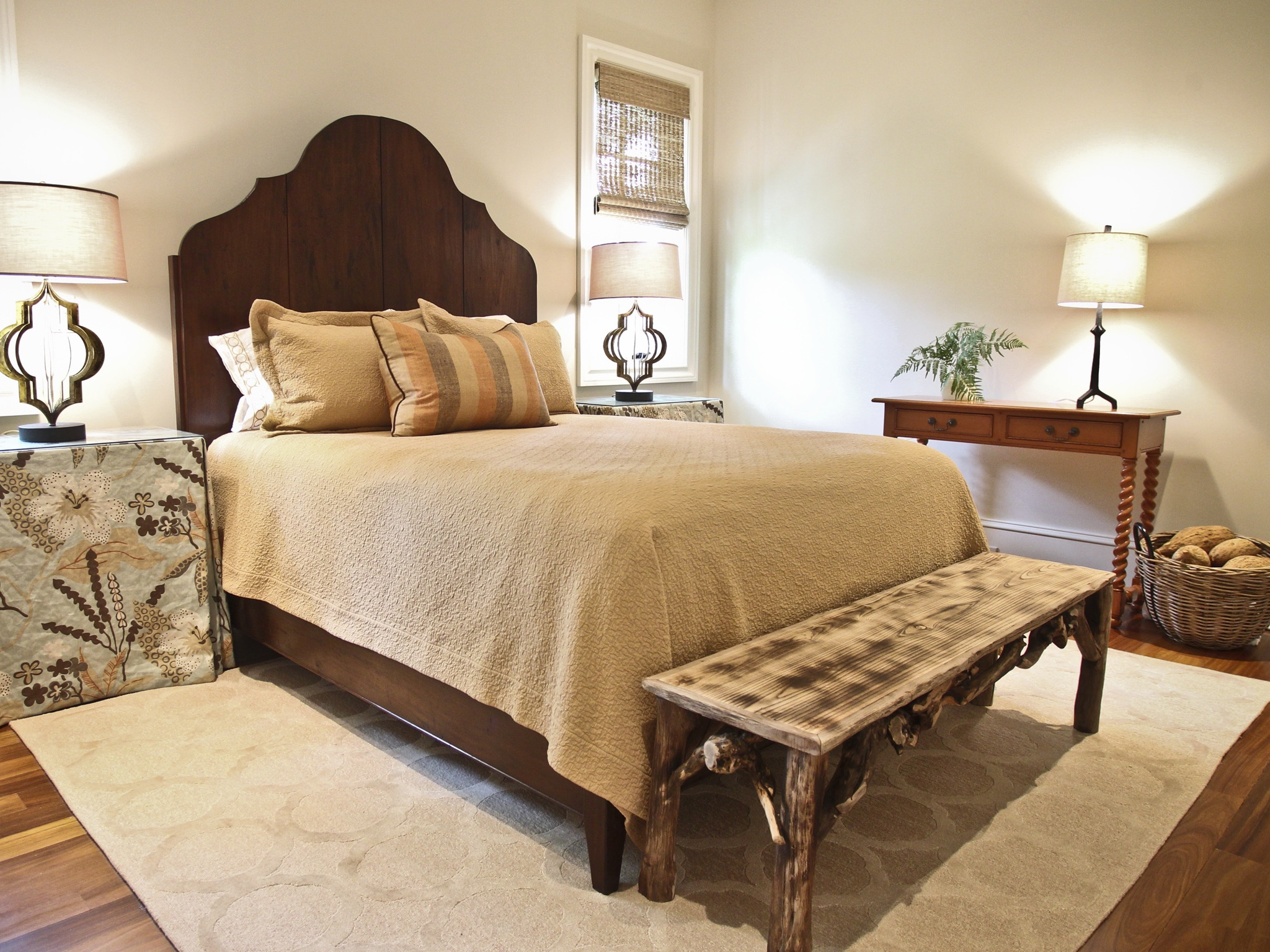 Victorian Bedroom With Distressed Bench And Skirted Tables (View 25 of 30)