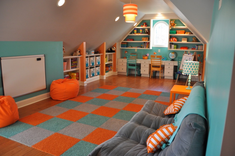 Attic Space Converted To Kids Playroom (Image 2 of 30)