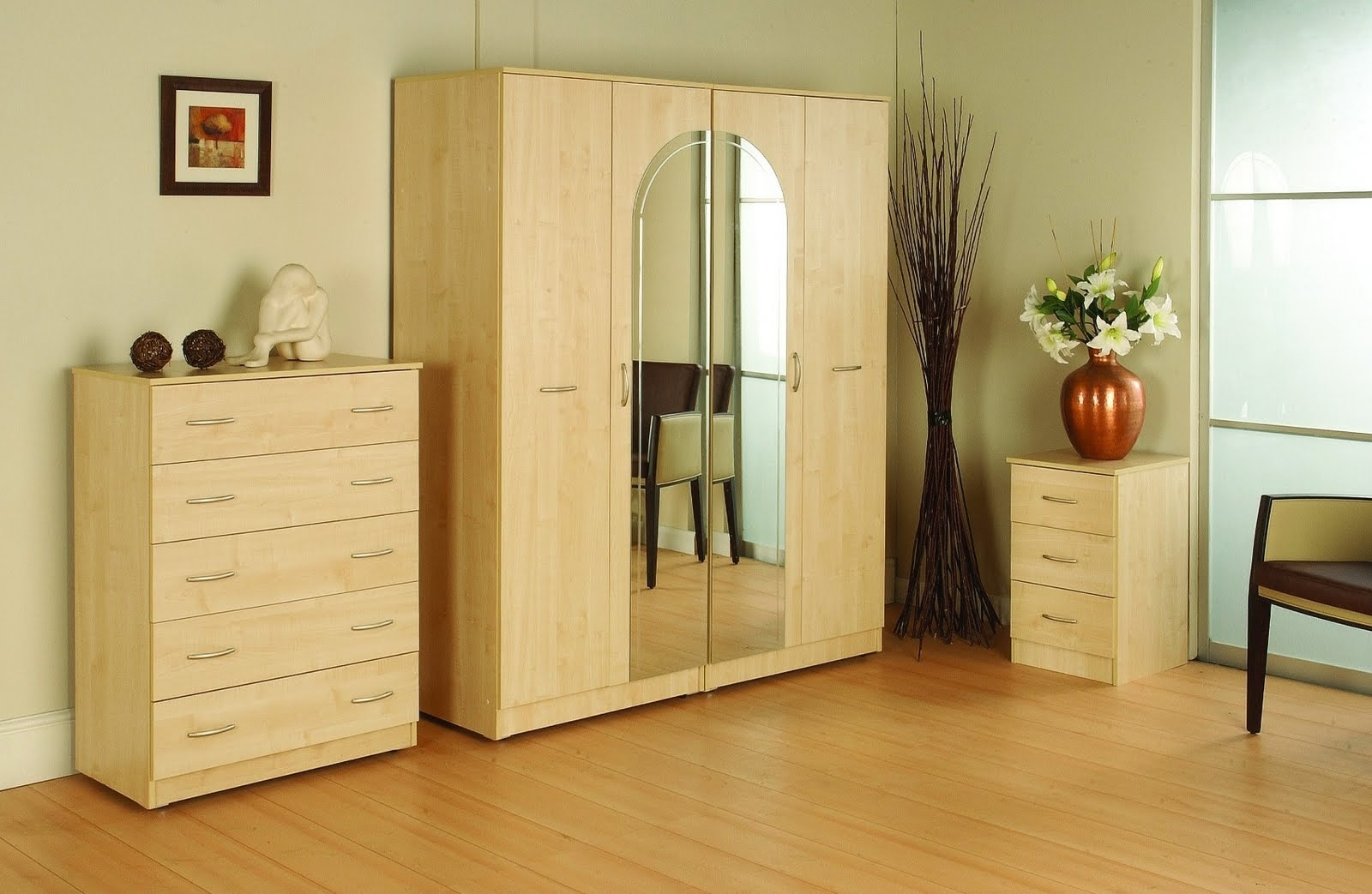 Bedroom Wardrobe Cabinets And Furniture (View 6 of 15)