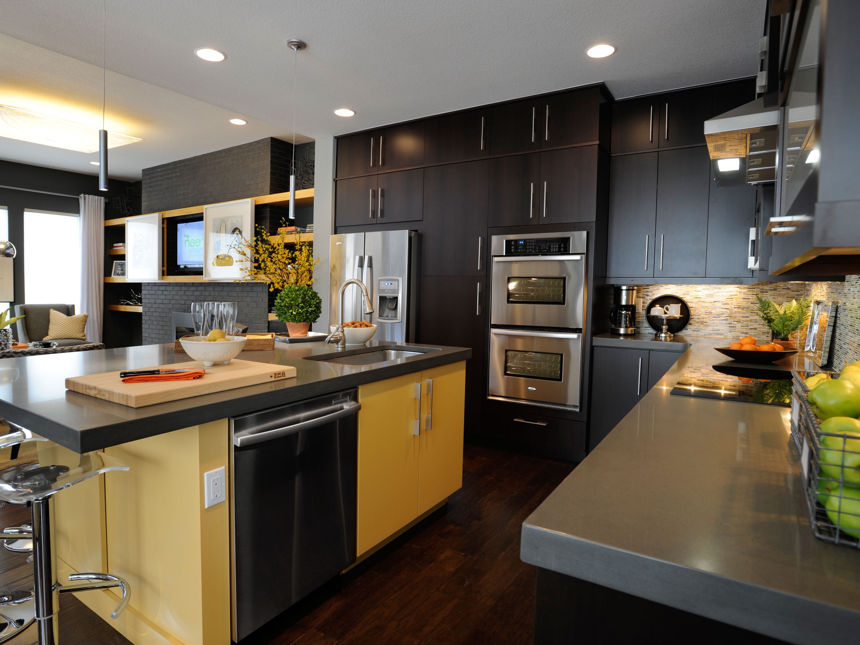 Brown Kitchen Cabinets And Stainless Steel Appliances (Image 2 of 18)
