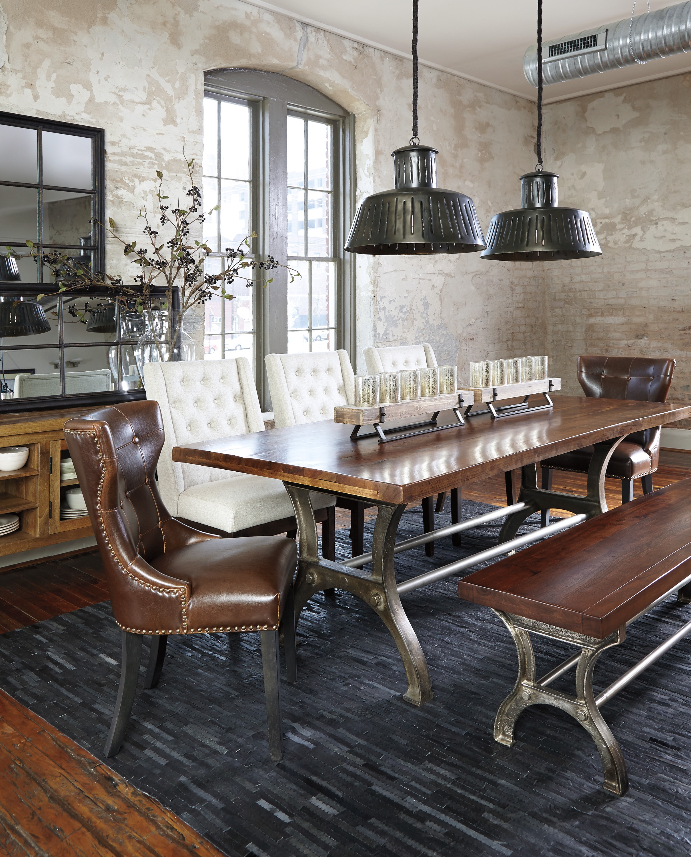 Classic Furniture For Elegant Dining Room (View 10 of 42)