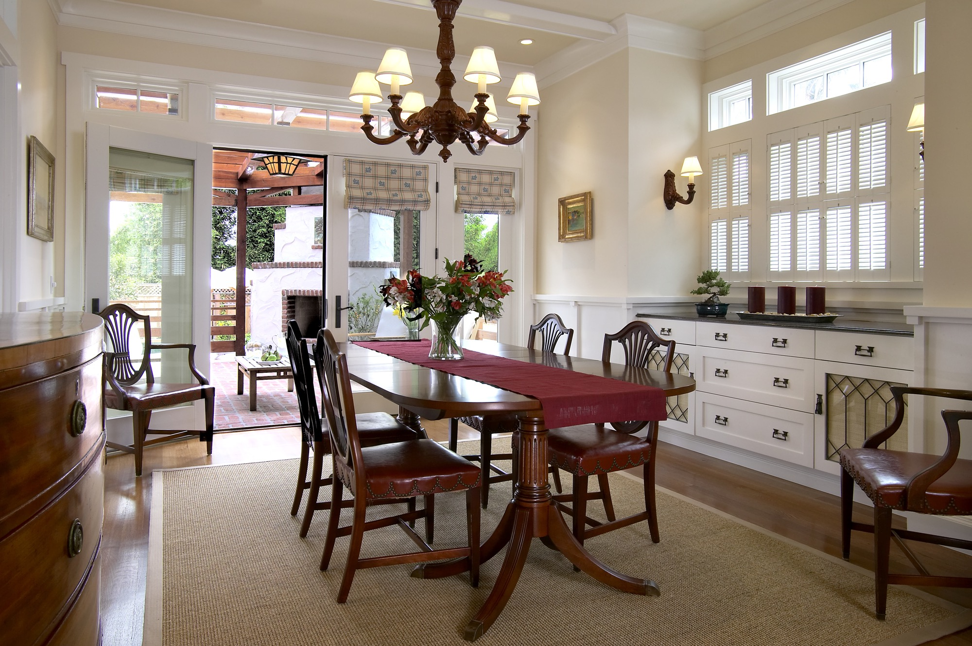 Classic Wooden Dining Room Table And Chairs Furniture (Image 7 of 25)