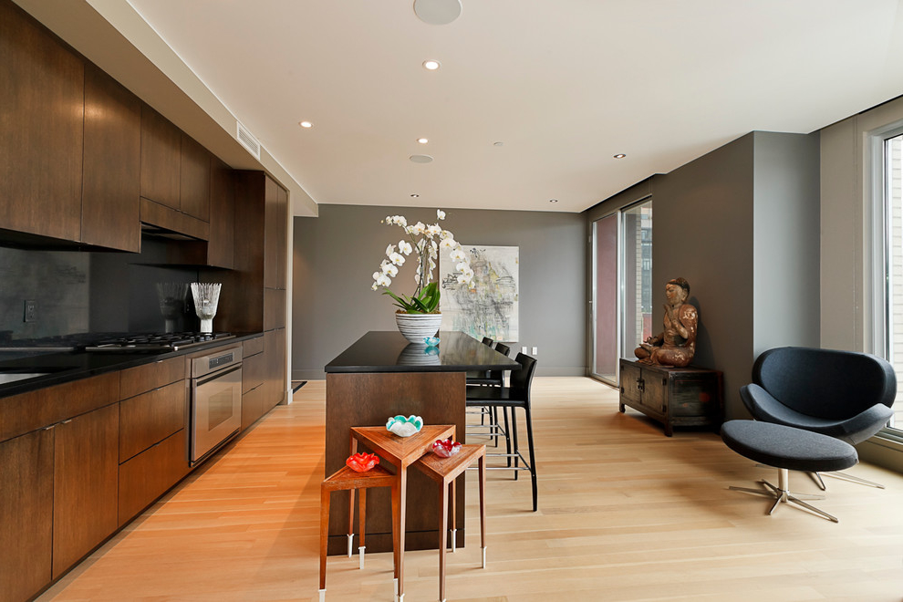Contemporary Single Wall Eat In Kitchen Design With Minimalist Furniture (Image 1 of 15)