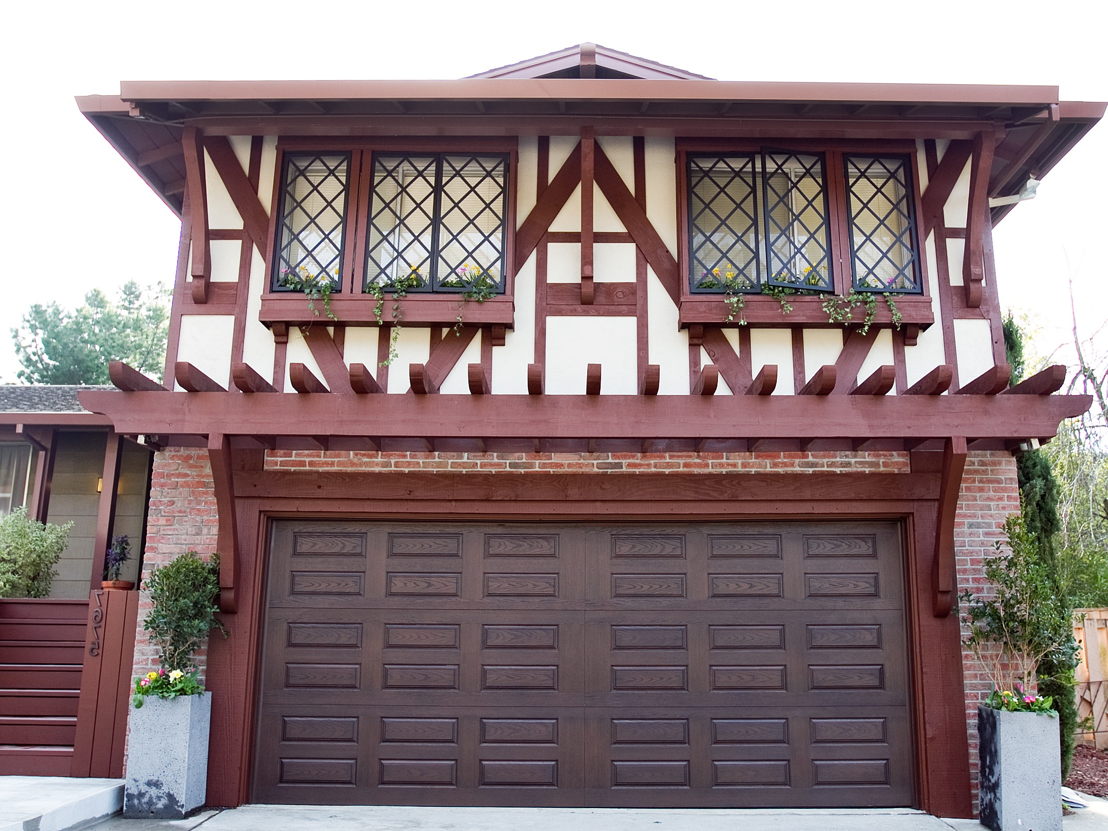 Custom Wooden Carriage Garage Doors (Image 9 of 38)