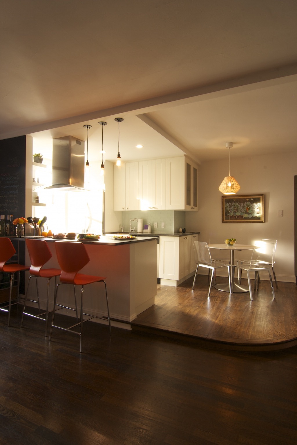 Modern Apartment Kitchen With Table And Bar (View 14 of 30)