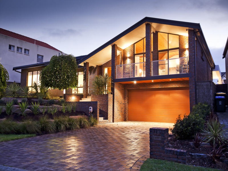 Modern House Exterior Brick Wall Design (Image 16 of 27)