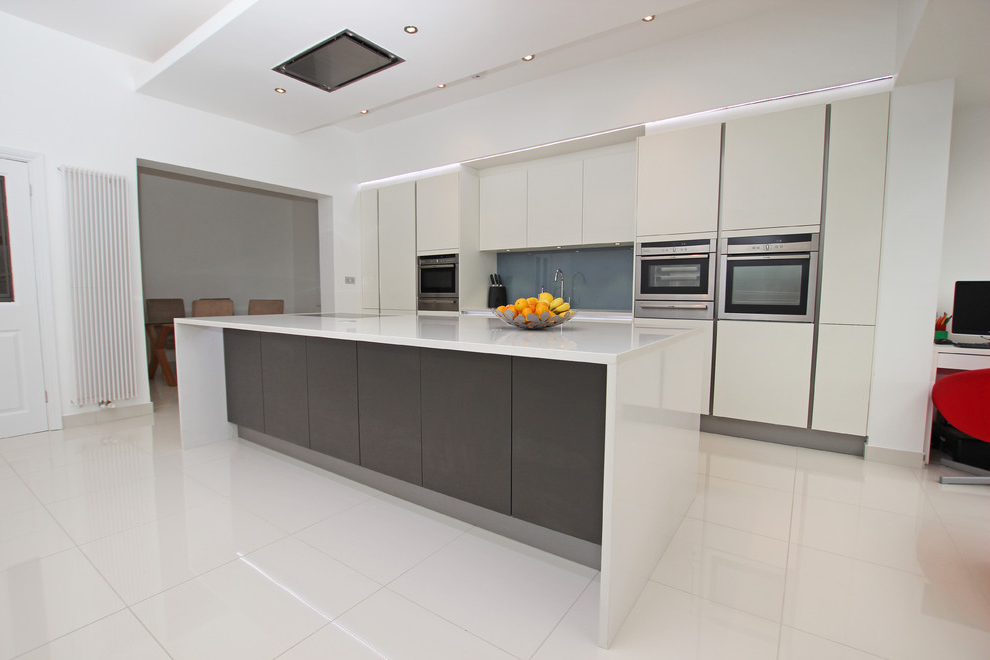 Popular Contemporary Single Wall Kitchen Layout With Island (Image 12 of 15)