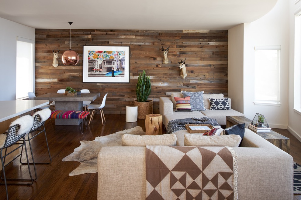 Rustic Wood Wall Decor In Modern Living Room (Image 22 of 30)