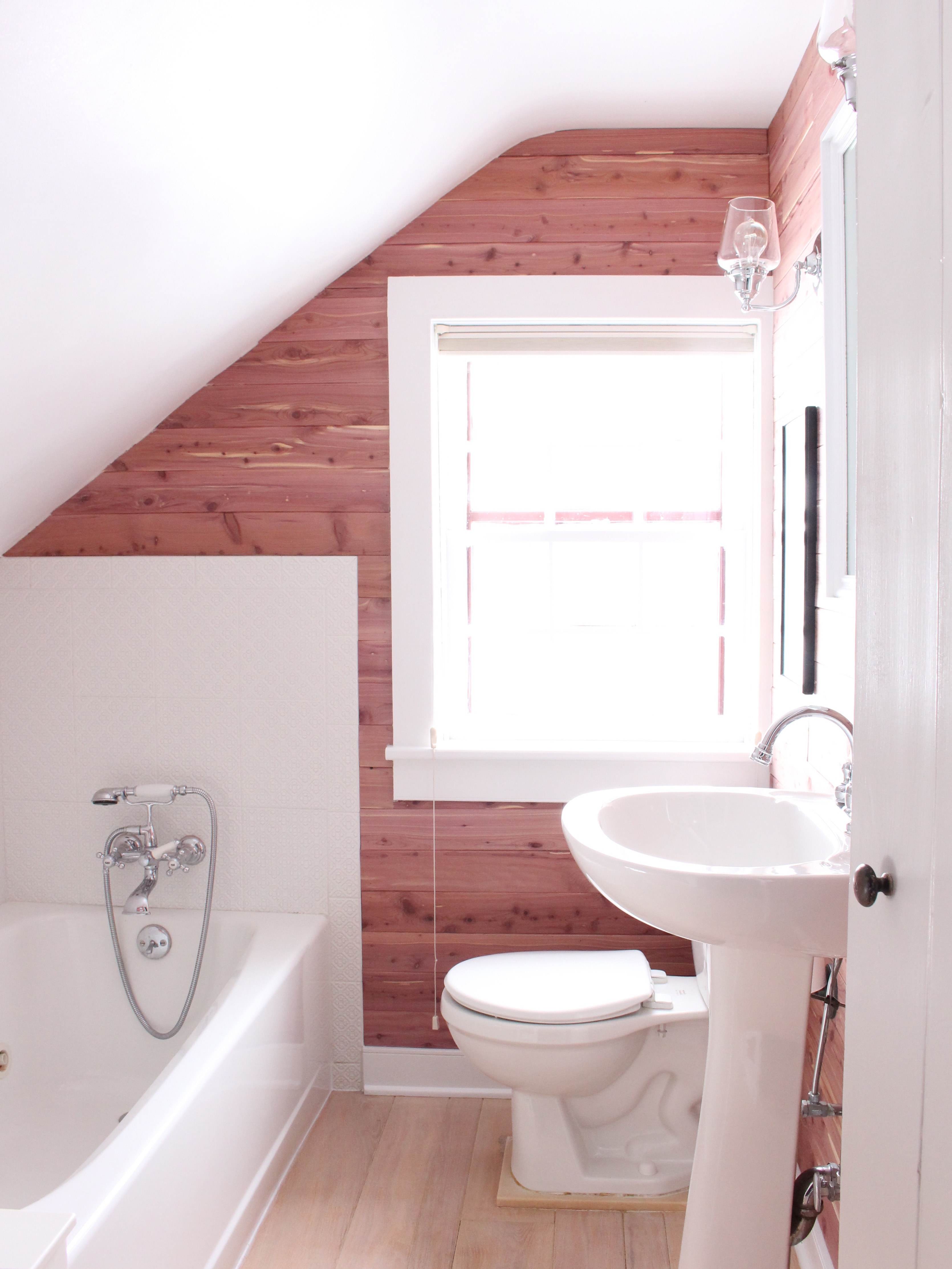 Small Bathroom Remodel With Fabulous Style 17566 House
