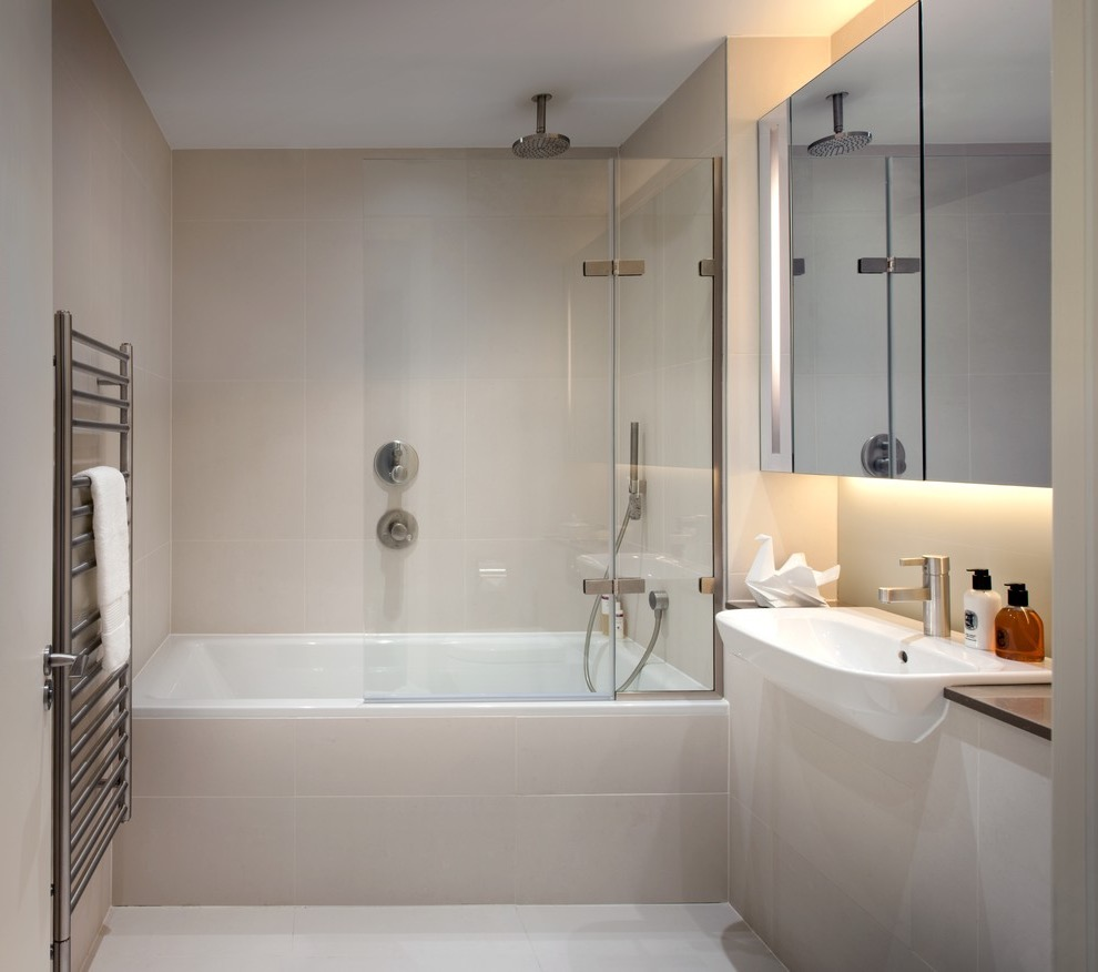 Small Bathroom Tub And Shower Combo: Bathroom: Small Bathroom Remodel With Fabulous Style (#9