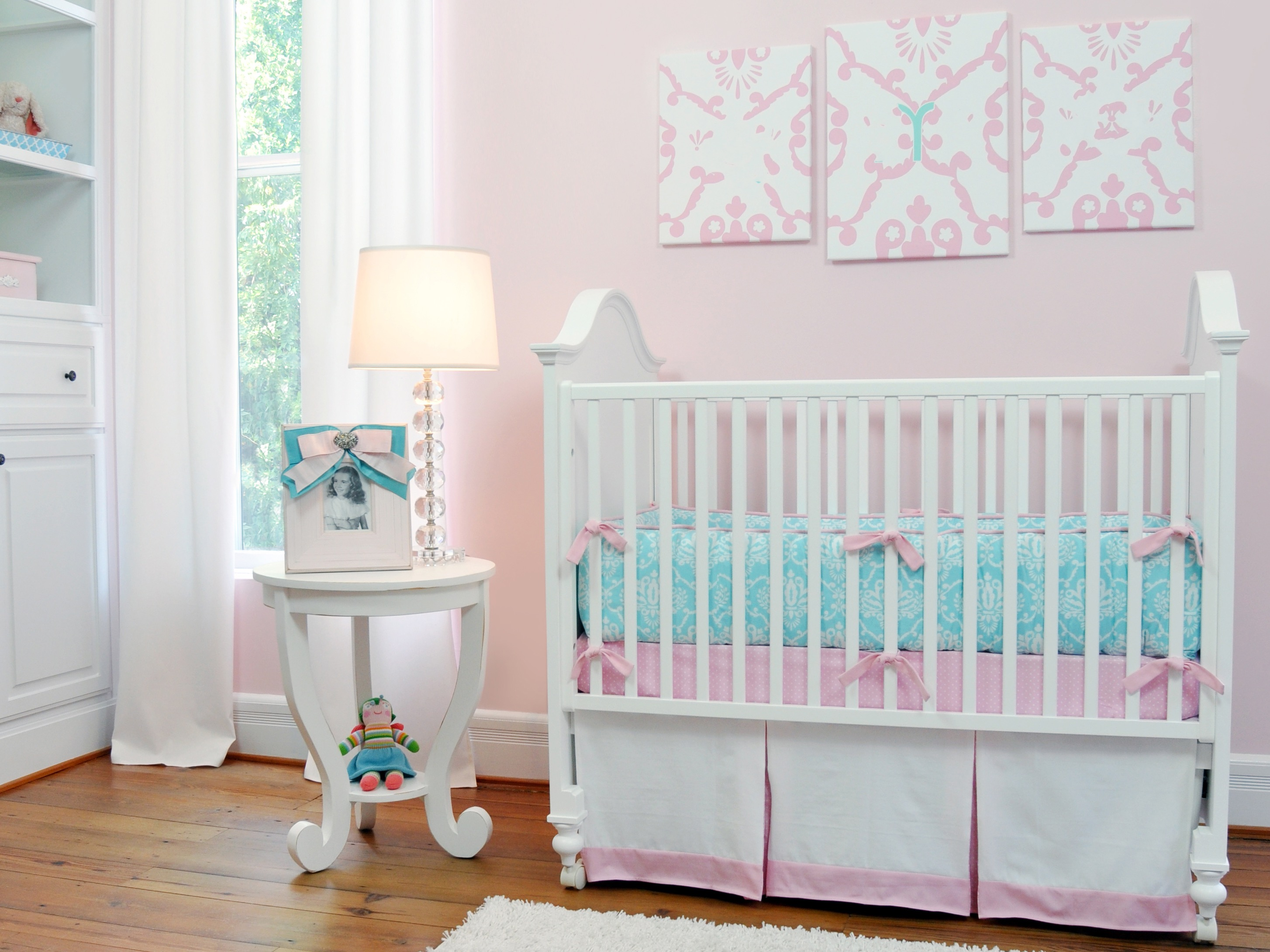 Sweet And Feminine Baby Room Decoration In Pink Theme (Image 31 of 33)