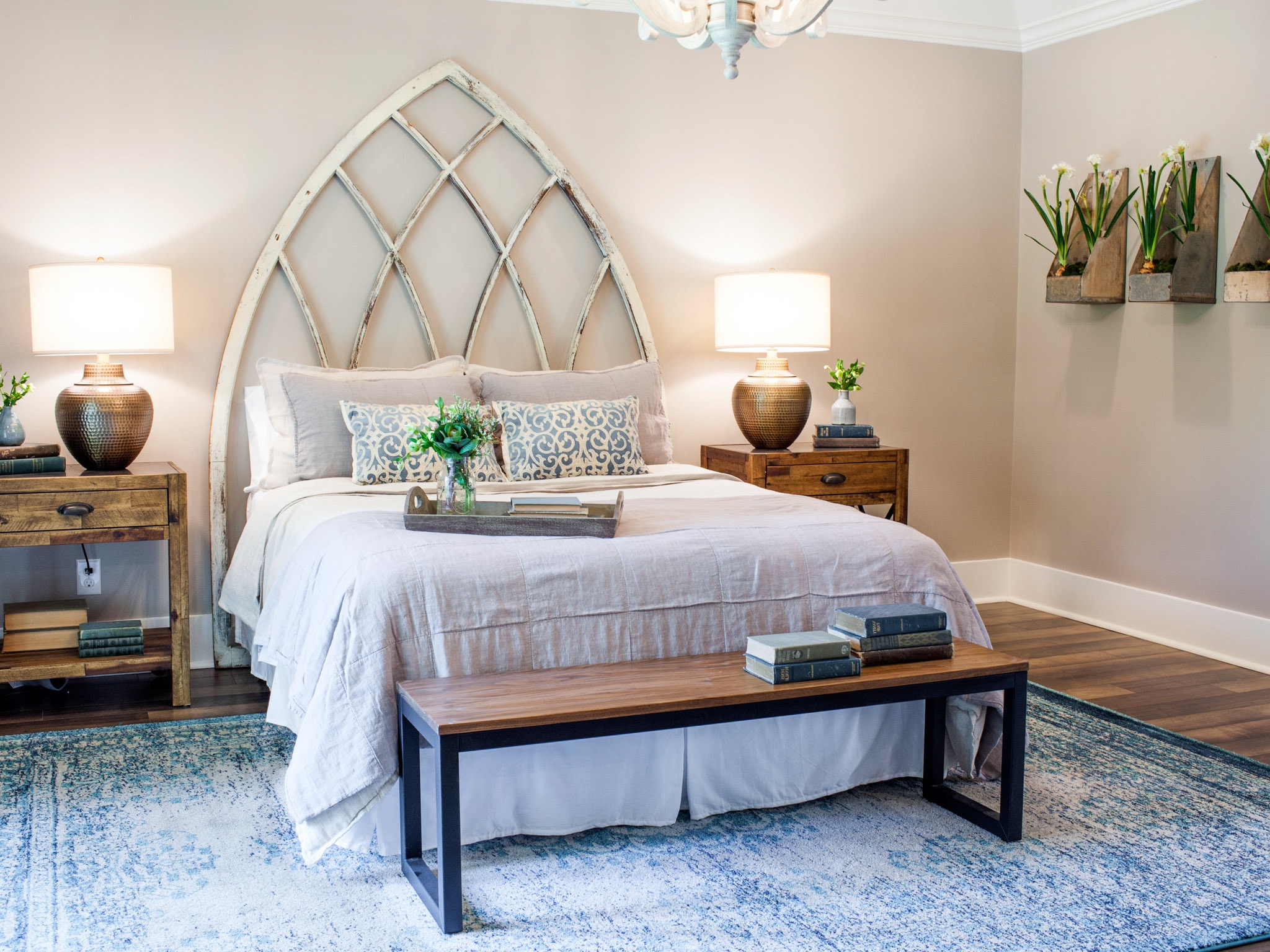 Traditional Bedroom Remodel To Create Romantic Nuance (View 10 of 18)