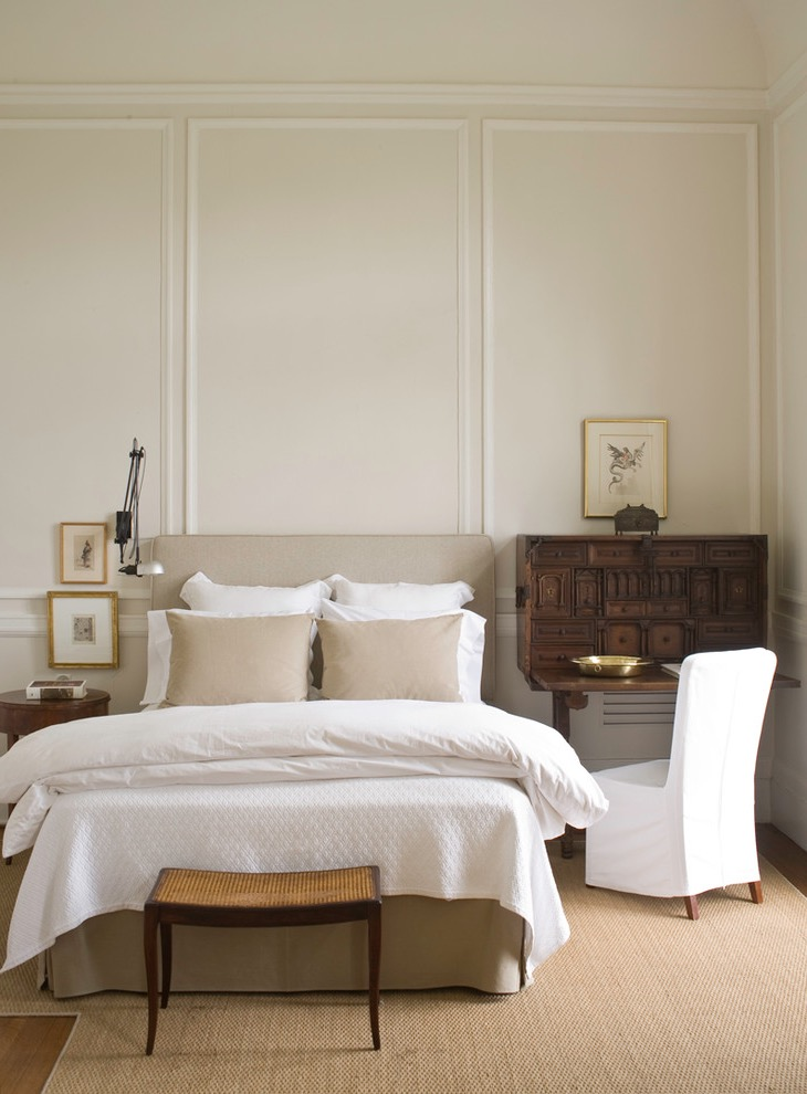Traditional Victorian Bedroom Minimalist Decoration (View 21 of 30)