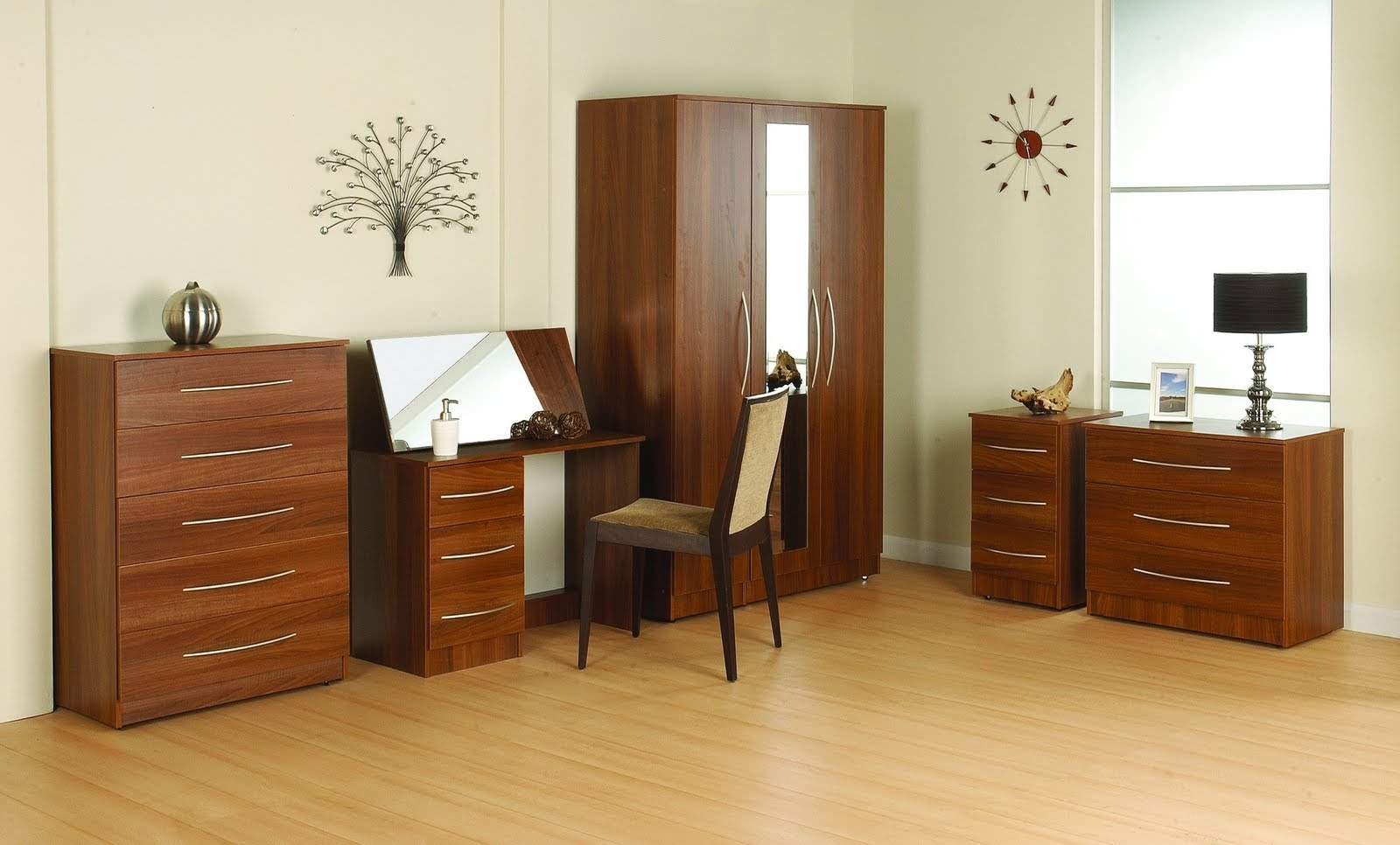 Wooden Bedroom Wardrobe Furniture Ideas (Image 15 of 15)