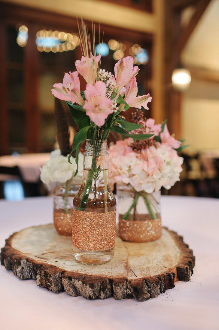 DIY Inexpensive Summer Wedding Centerpieces (Image 3 of 20)